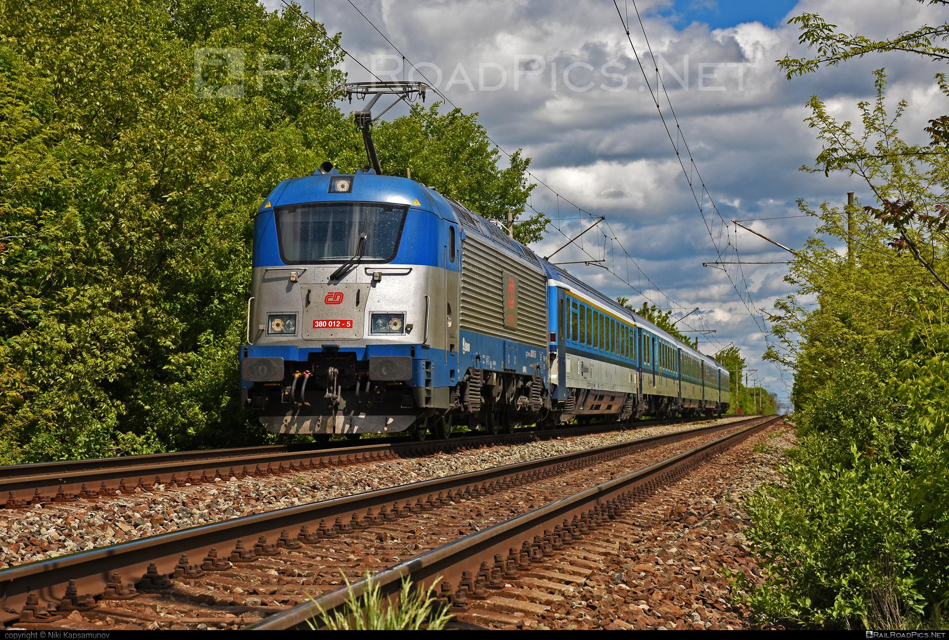 Škoda 109E1 Emil Zátopek - 380 012-5 operated by České dráhy, a.s. #cd #ceskedrahy #emilzatopeklocomotive #locomotive380 #skoda #skoda109e #skoda109elocomotive