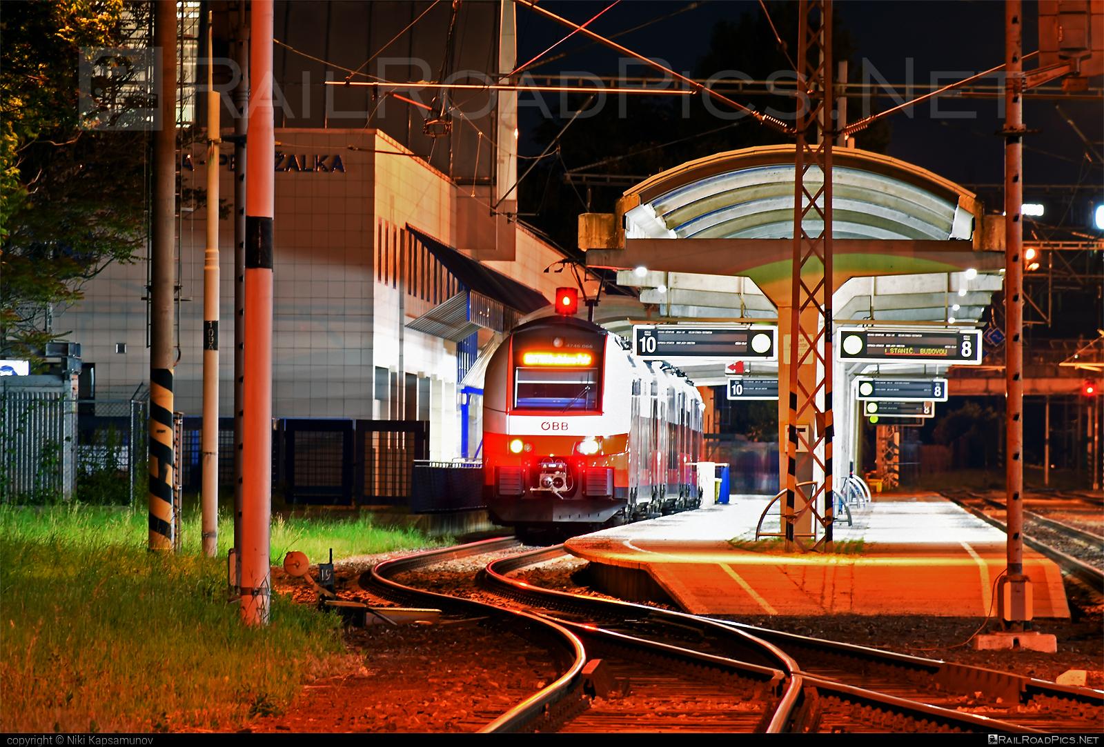 Siemens Desiro ML - 4746 066 operated by Österreichische Bundesbahnen #cityjet #desiro #desiroml #obb #obbcityjet #osterreichischebundesbahnen #siemens #siemensdesiro #siemensdesiroml