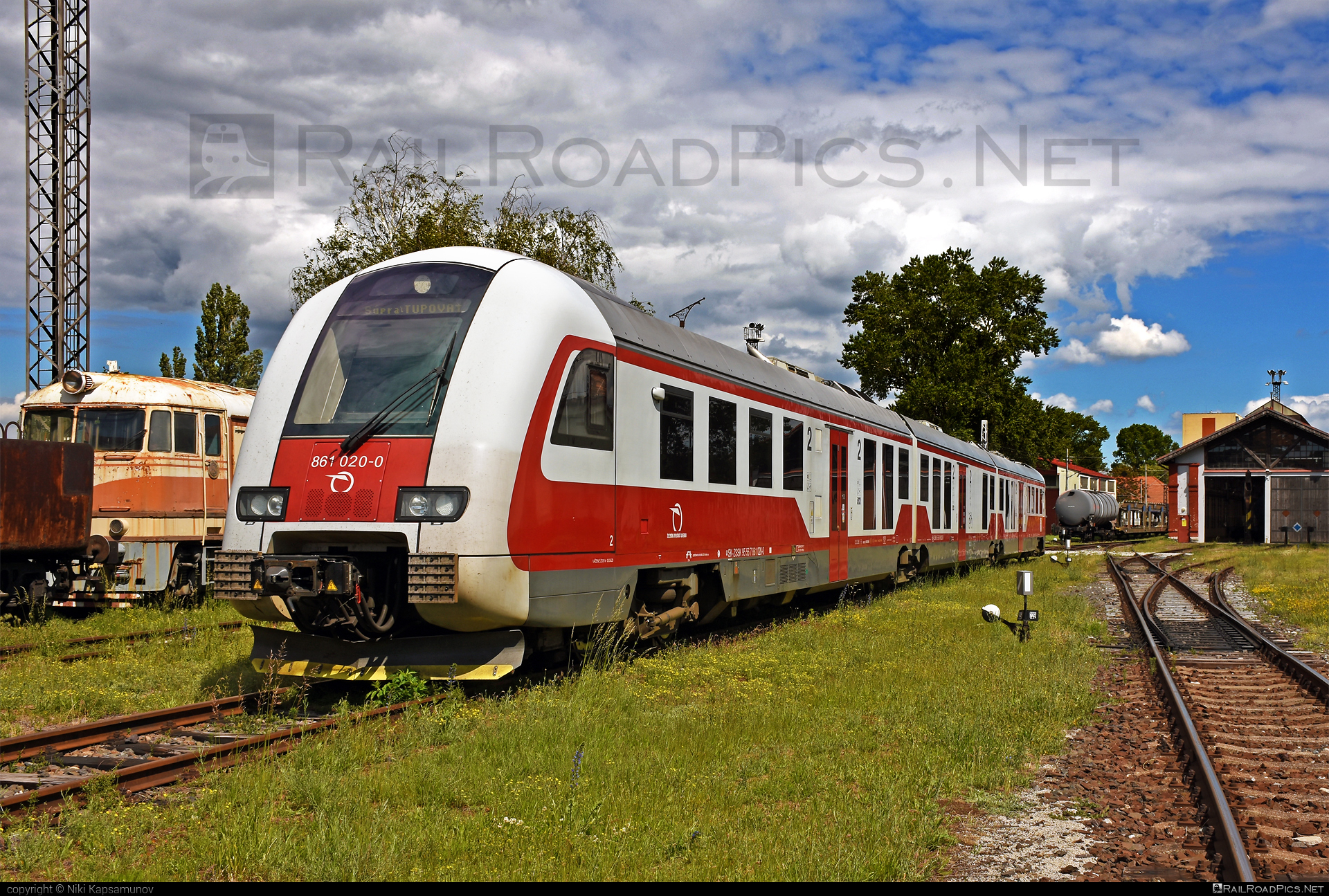 ŽOS Vrútky Class 861.0 - 861 020-0 operated by Železničná Spoločnost' Slovensko, a.s. #ZeleznicnaSpolocnostSlovensko #zosvrutky #zosvrutky861 #zosvrutky8610 #zssk #zssk861 #zssk8610
