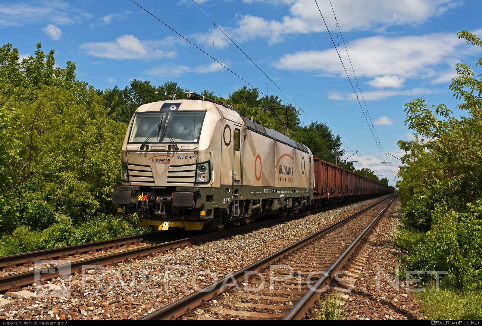 Siemens Vectron MS - 383 214-4 operated by LOKORAIL, a.s. #budamar #lokorail #lrl #siemens #siemensvectron #siemensvectronms #slovenskaplavbaapristavy #slovenskaplavbaapristavyas #spap #vectron #vectronms
