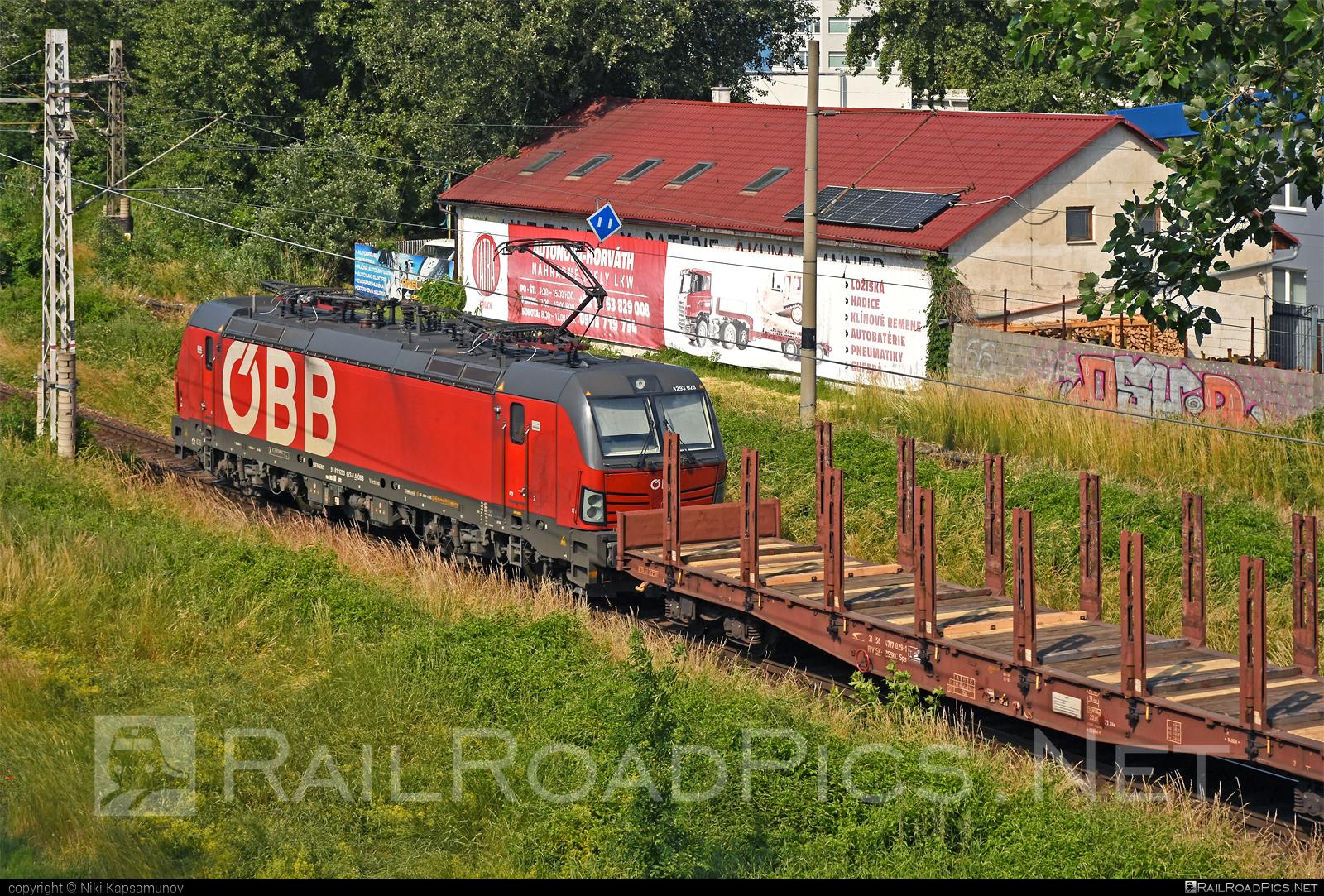 Siemens Vectron MS - 1293 023 operated by Rail Cargo Austria AG #flatwagon #obb #osterreichischebundesbahnen #rcw #siemens #siemensvectron #siemensvectronms #vectron #vectronms