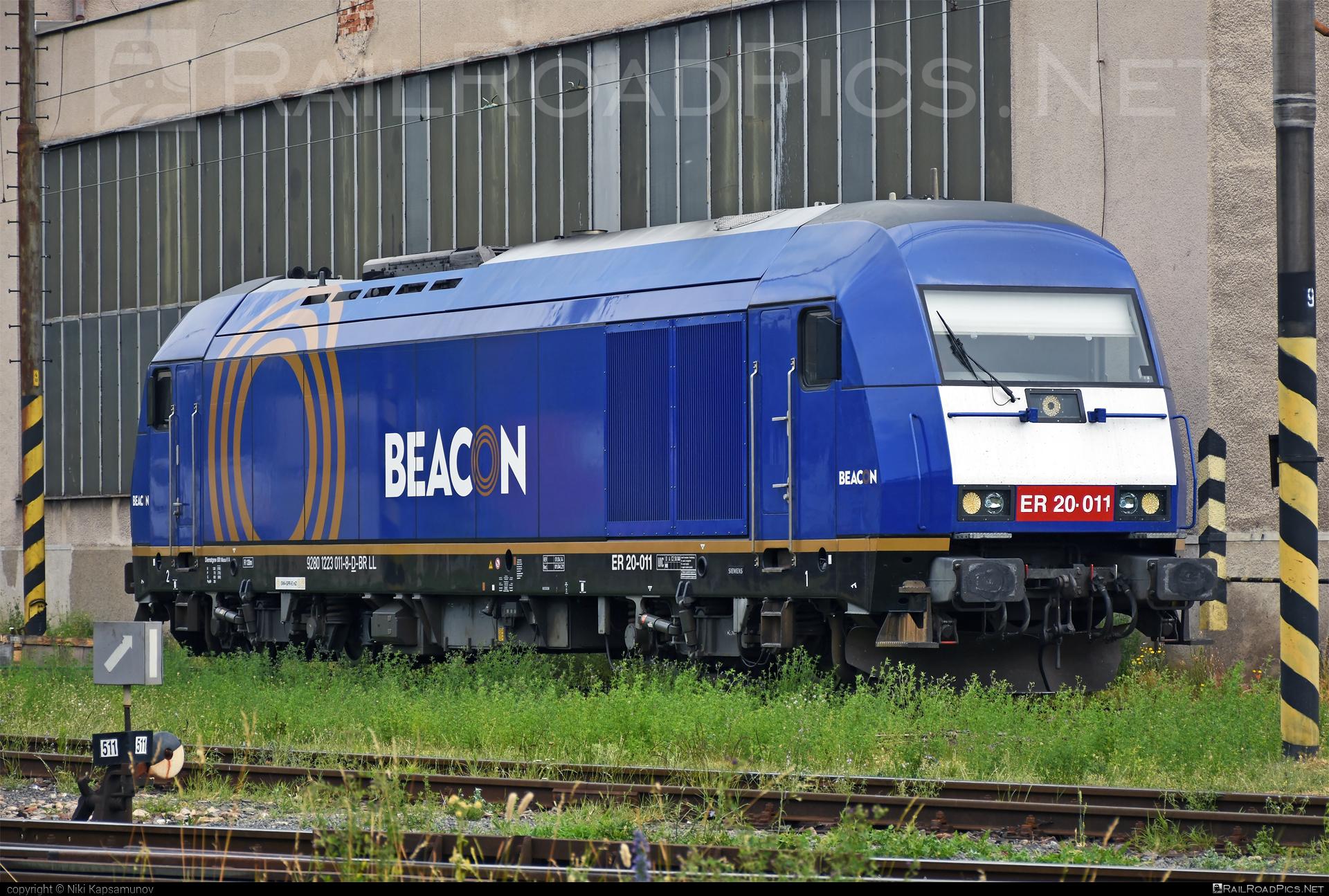 Siemens ER20 - 223 011-8 operated by Retrack Slovakia s. r. o. #beaconrailleasing #beaconrailleasinglimited #brll #er20 #er20hercules #eurorunner #hercules #retrackslovakia #siemens #siemenser20 #siemenser20hercules #siemenseurorunner #siemenshercules