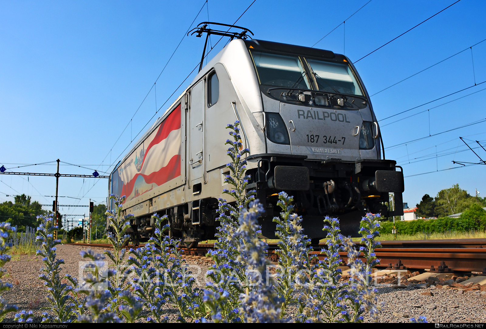 Bombardier TRAXX F160 AC3 - 187 344-7 operated by ČD Cargo, a.s. #bombardier #bombardiertraxx #cdcargo #cdcargoniederlassungwien #cdcniederlassungwien #railpool #railpoolgmbh #traxx #traxxf160 #traxxf160ac #traxxf160ac3