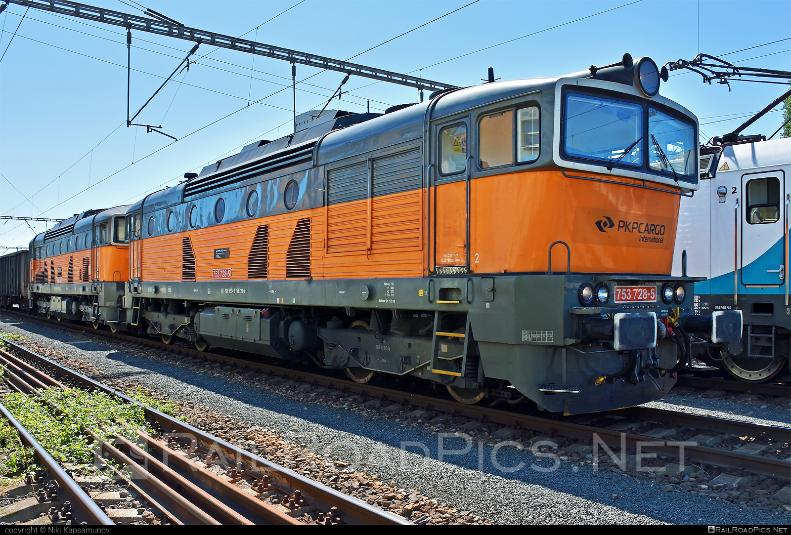ČKD T 478.3 (753) - 753 728-5 operated by PKP CARGO INTERNATIONAL a.s. #brejlovec #ckd #ckdclass753 #ckdt4783 #locomotive753 #okuliarnik #pkpcargointernational #pkpcargointernationalas #pkpci