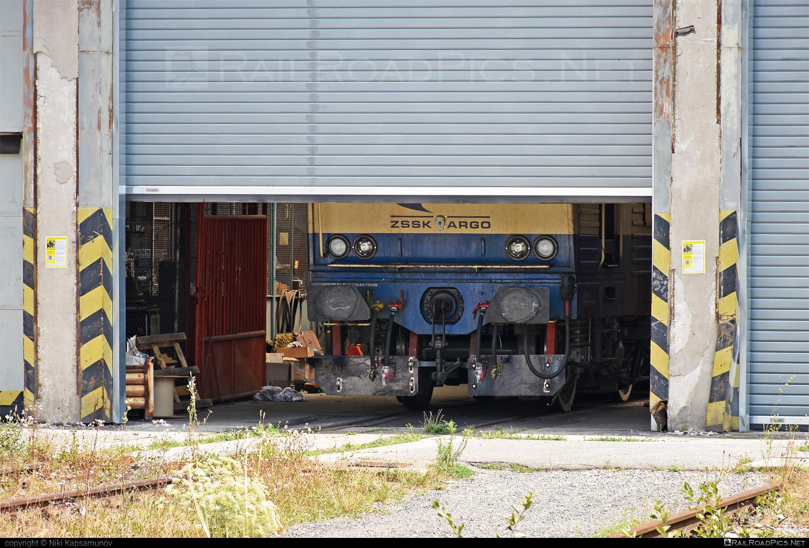 Škoda 69E - Unknown vehicle ID operated by Železničná Spoločnost' Cargo Slovakia a.s. #ZeleznicnaSpolocnostCargoSlovakia #es4991 #eso #locomotive363 #skoda #skoda69e #zsskcargo