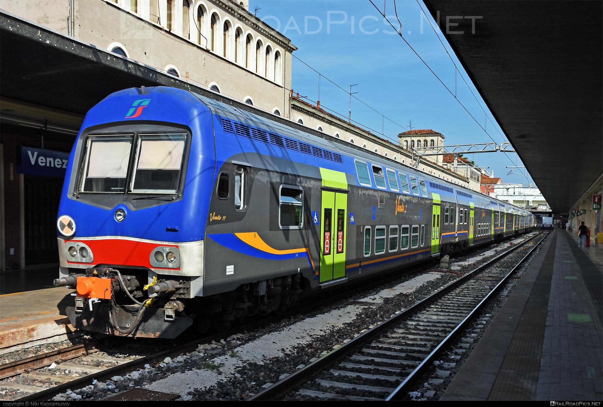 Class B - npBH 86-78 semi-pilot (Vivalto) - 86-78 071-4 operated by Trenitalia S.p.A. #ferroviedellostato #fs #fsitaliane #npbh #trenitalia #trenitaliaspa #vivalto