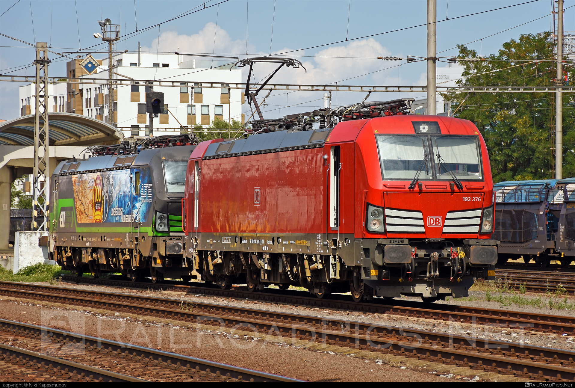 Siemens Vectron MS - 193 376 operated by DB Cargo AG #db #dbcargo #dbcargoag #deutschebahn #siemens #siemensvectron #siemensvectronms #vectron #vectronms