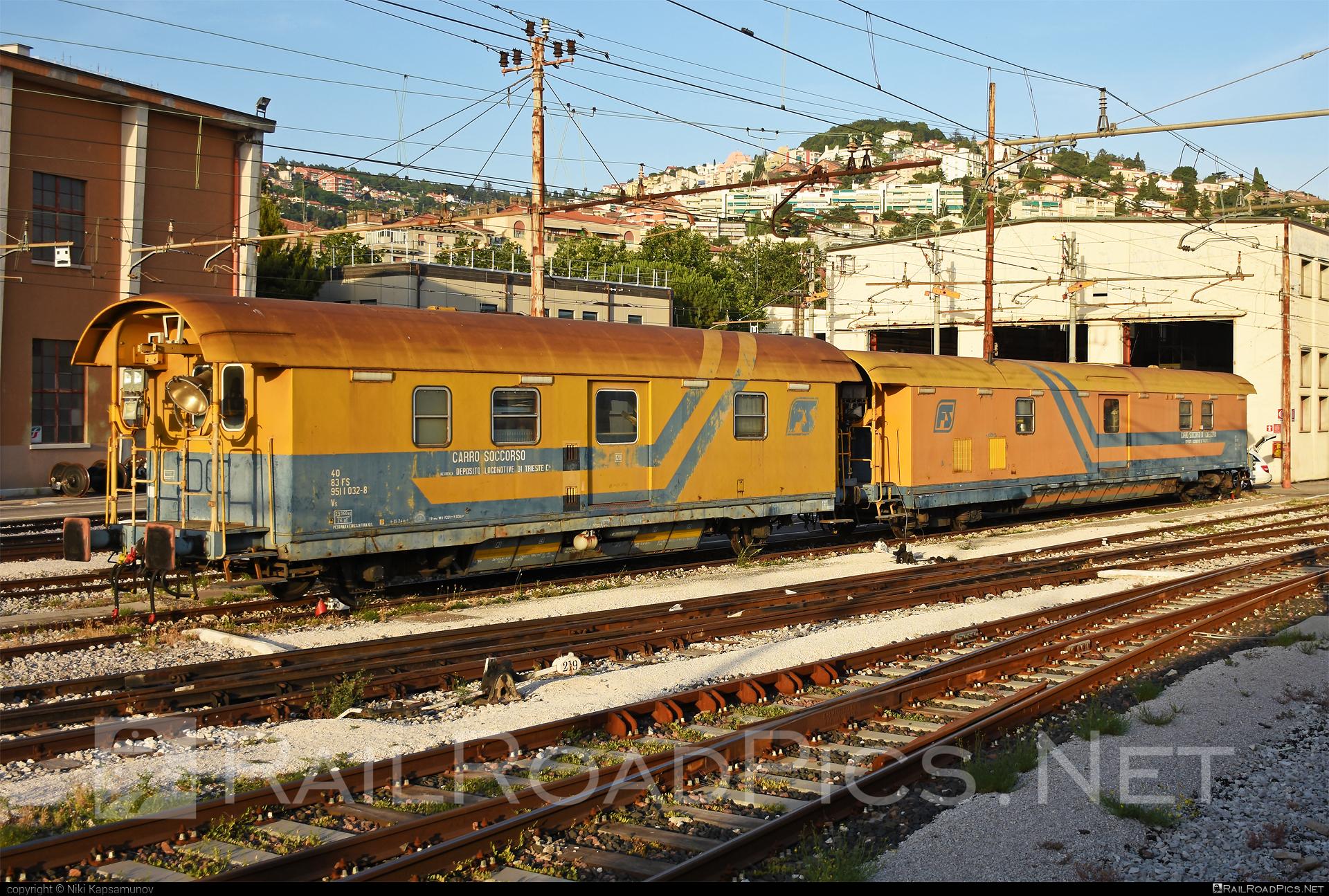 Class V - Vs 951 - 9511 032-8 operated by Ferrovie dello Stato Italiane #FerrovieDelloStatoItaliane #ferroviedellostato #fs #fsitaliane