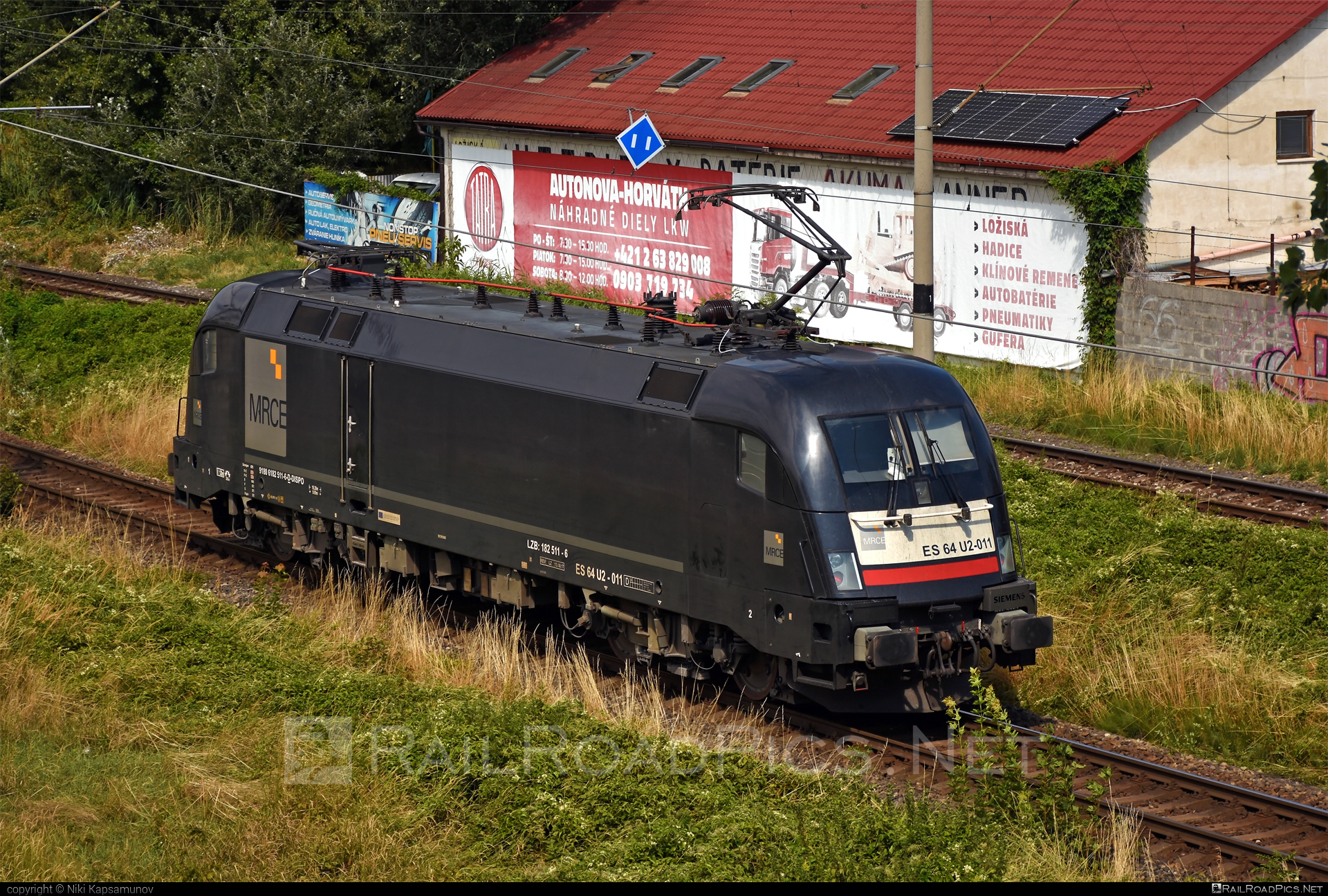 Siemens ES 64 U2 - 182 511-6 operated by Steiermarkbahn Transport & Logistik GmbH #dispolok #es64 #es64u #es64u2 #eurosprinter #mitsuirailcapitaleurope #mitsuirailcapitaleuropegmbh #mrce #siemens #siemenses64 #siemenses64u #siemenses64u2 #siemenstaurus #stb #steiermarkbahn #taurus #tauruslocomotive
