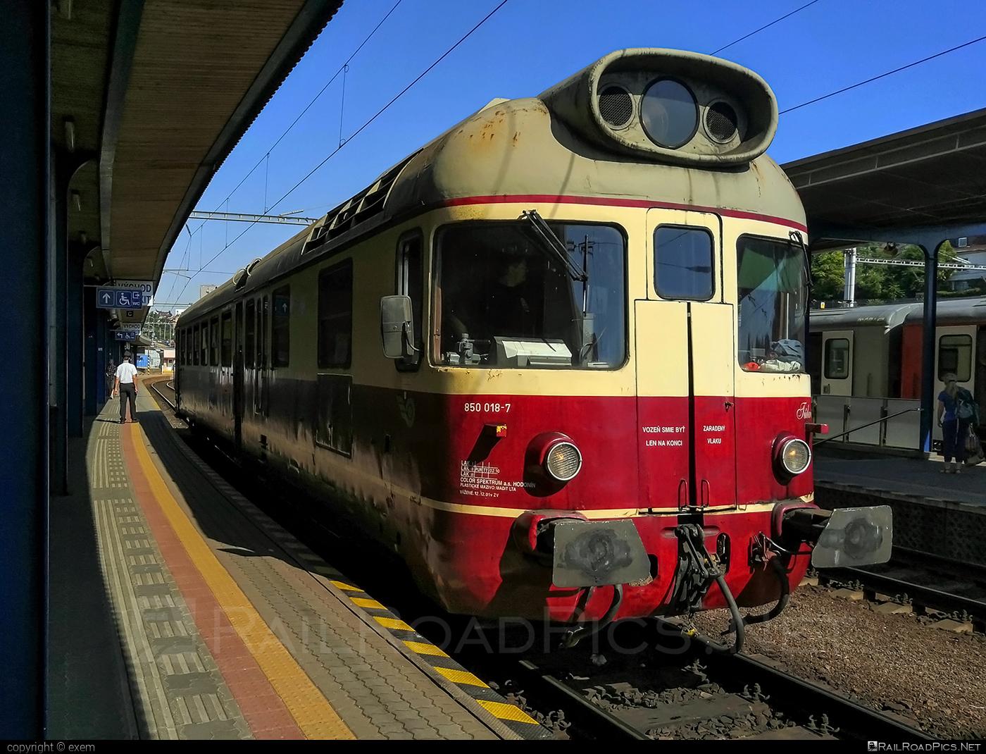 Vagónka TATRA Studénka M 286.0 - 850 018-7 operated by Železnice Slovenskej Republiky #csd850 #csdm286 #m286 #vagonkastudenka #vagonkatatrastudenka #zelezniceslovenskejrepubliky #zsr
