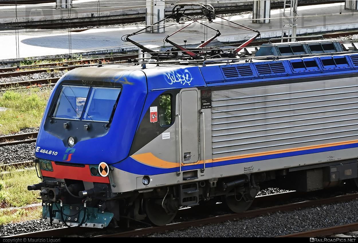 Bombardier TRAXX P160 DCP - E 464.610 operated by Trenitalia S.p.A. #bombardier #bombardiertraxx #ferroviedellostato #fs #fsitaliane #lavatrice #traxx #traxxp160 #traxxp160dcp #trenitalia #trenitaliaspa