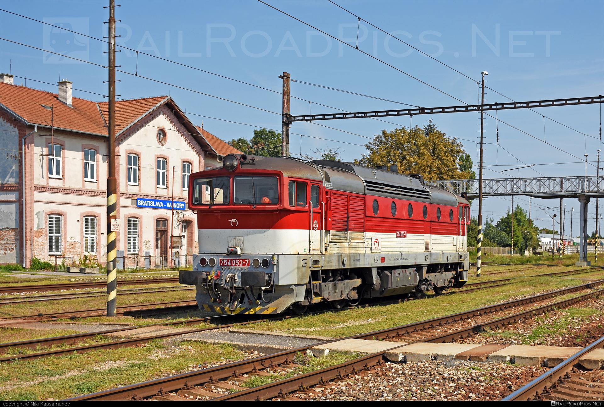 ČKD T 478.4 (754) - 754 053-7 operated by Železničná Spoločnost' Slovensko, a.s. #ZeleznicnaSpolocnostSlovensko #brejlovec #ckd #ckd4784 #ckd754 #ckdt4784 #lokomotiva754 #okuliarnik #zssk
