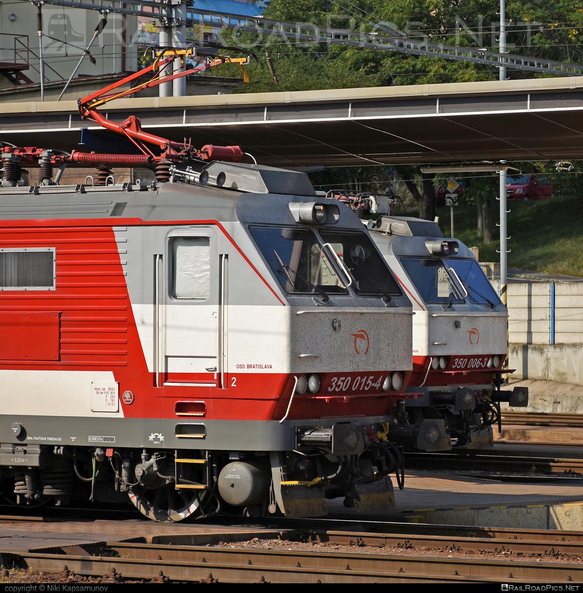 Škoda 55E - 350 015-4 operated by Železničná Spoločnost' Slovensko, a.s. #ZeleznicnaSpolocnostSlovensko #gorila #locomotive350 #skoda #skoda55e #zssk