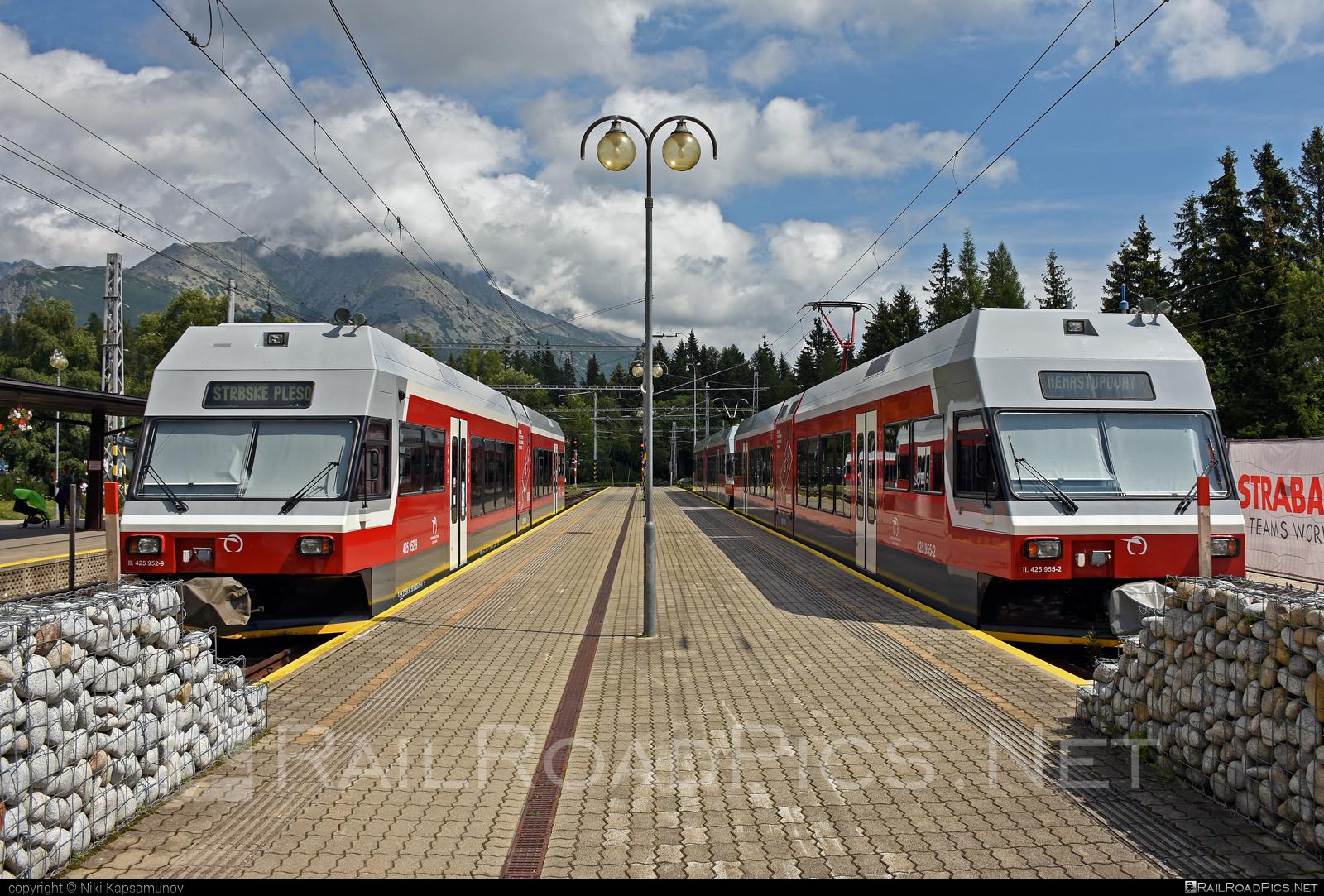 GTW Vysoké Tatry Class 425.95 - 425 952-9 operated by Železničná Spoločnost' Slovensko, a.s. #ZeleznicnaSpolocnostSlovensko #gtw26 #gtwvysoketatry #tetrapack #tez #zssk #zssk425 #zssk42595