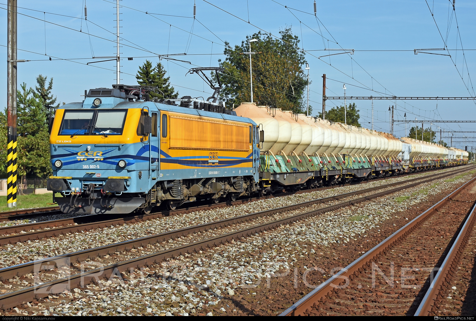 CZ LOKO EffiLiner 3000 - 365 002-5 operated by CER Slovakia a.s. #belgicanka #cer #cersk #cerslovakia #cerslovakiaas #czloko #czlokoas #effiliner #effiliner3000 #sncb12 #sncbclass12 #uacs