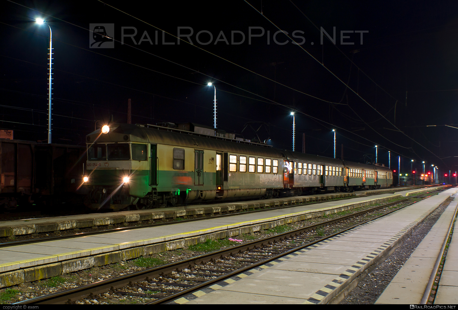 Vagónka TATRA Studénka EMV 3 - 460 054-0 operated by Železničná Spoločnost' Slovensko, a.s. #ZeleznicnaSpolocnostSlovensko #pantak #pantograf #vagonkastudenka #vagonkatatrastudenka #zssk