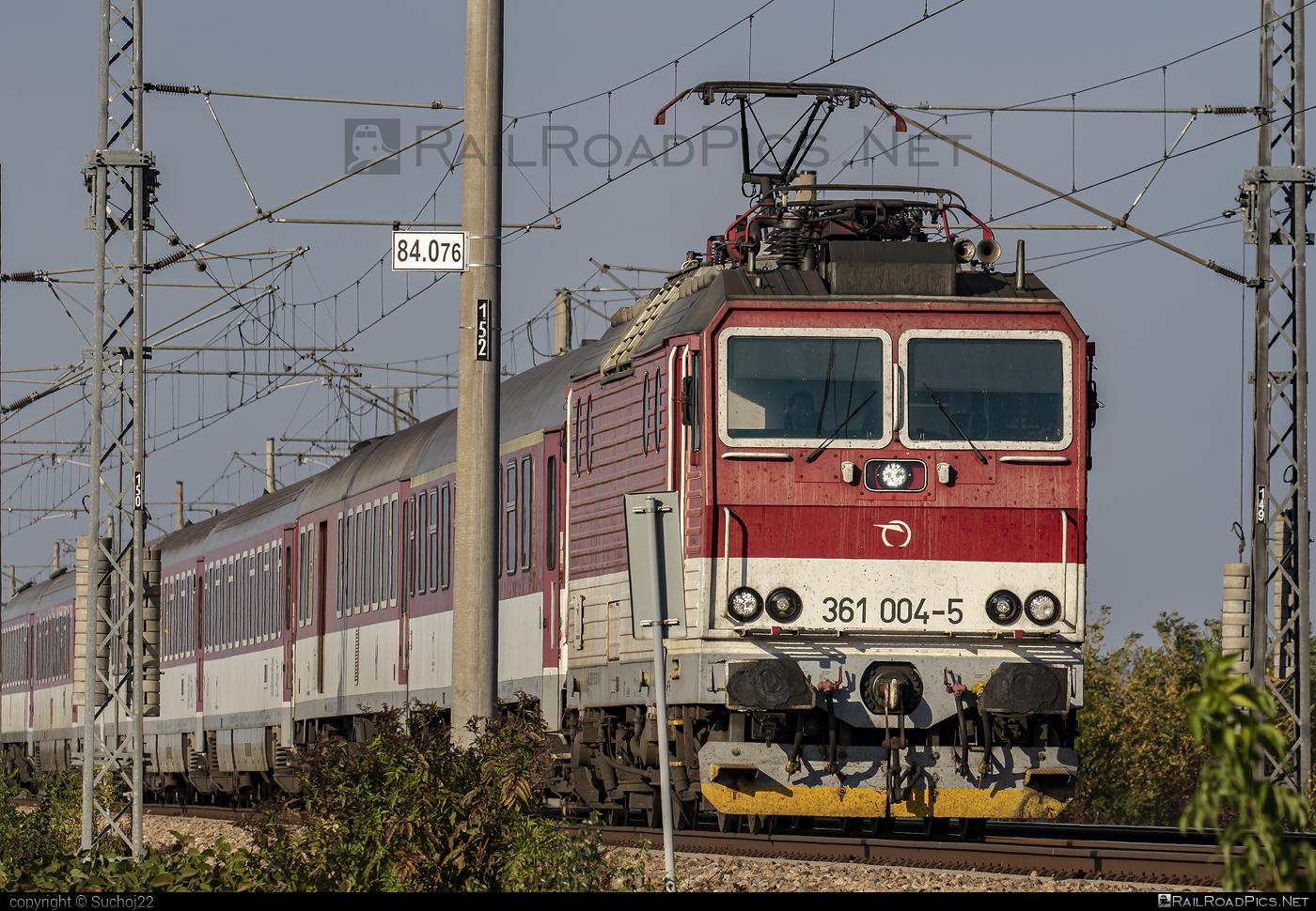 ŽOS Vrútky Class 361.0 - 361 004-5 operated by Železničná Spoločnost' Slovensko, a.s. #ZeleznicnaSpolocnostSlovensko #locomotive361 #locomotive3610 #zosvrutky #zssk