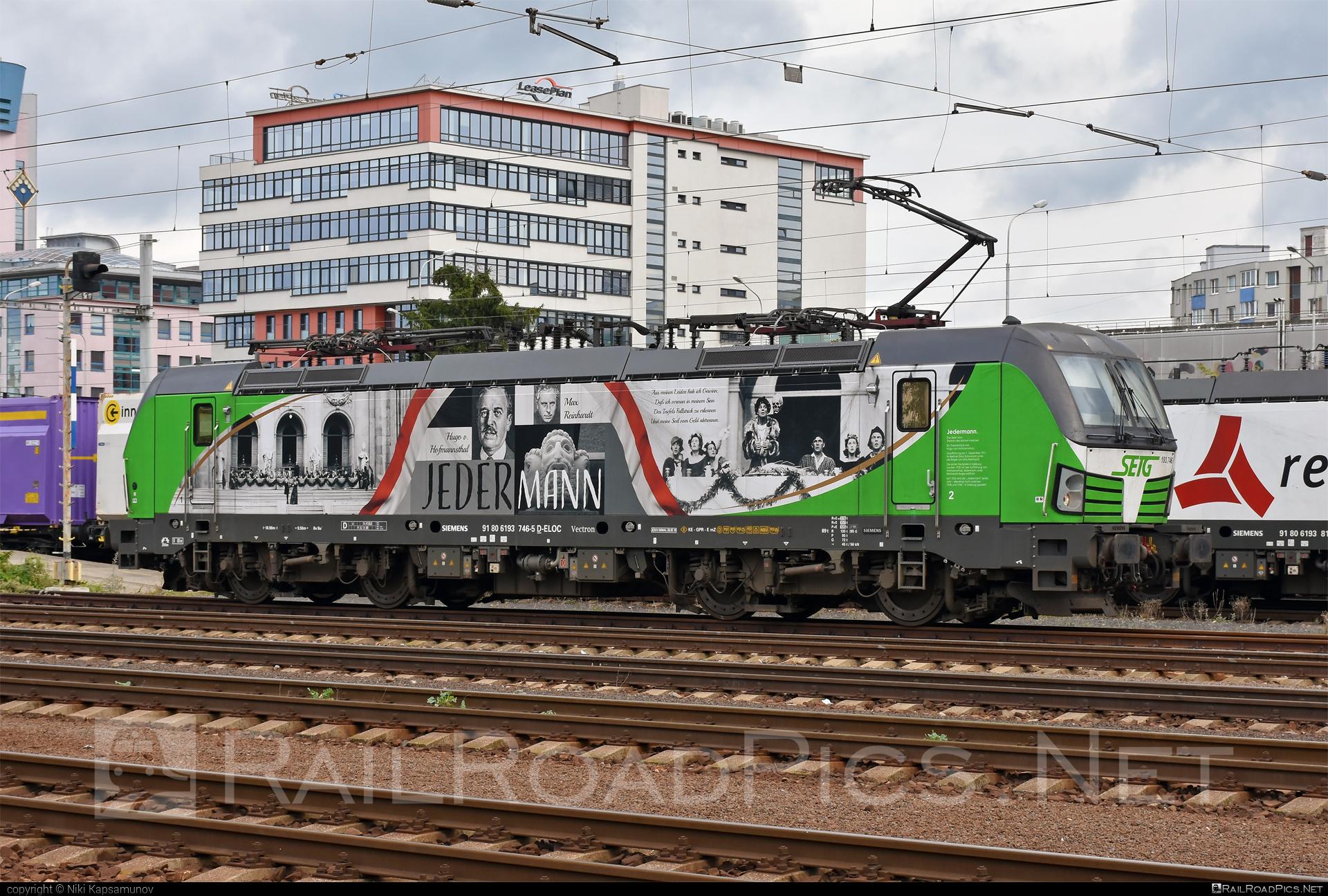 Siemens Vectron MS - 193 746 operated by Salzburger Eisenbahn Transportlogistik GmbH #SalzburgerEisenbahnTransportlogistik #SalzburgerEisenbahnTransportlogistikGmbH #ell #ellgermany #eloc #europeanlocomotiveleasing #setg #siemens #siemensvectron #siemensvectronms #vectron #vectronms
