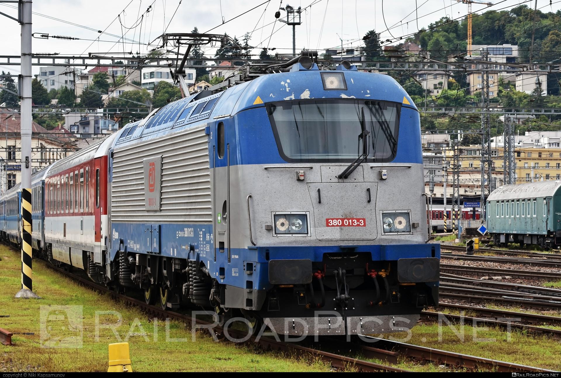 Škoda 109E1 Emil Zátopek - 380 013-3 operated by České dráhy, a.s. #cd #ceskedrahy #emilzatopeklocomotive #locomotive380 #skoda #skoda109e #skoda109elocomotive