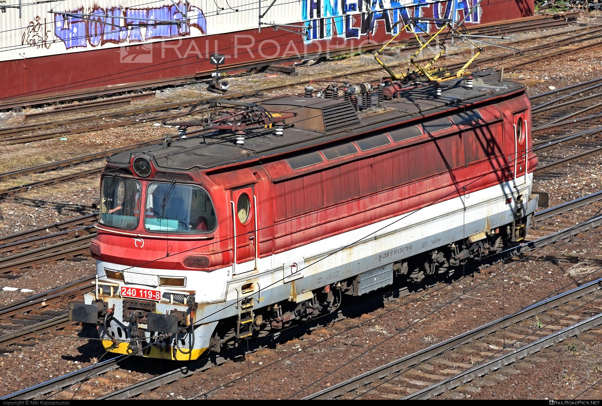 Škoda 47E - 240 119-8 operated by Železničná Spoločnost' Slovensko, a.s. #laminatka #locomotive240 #skoda #skoda47e #zssk