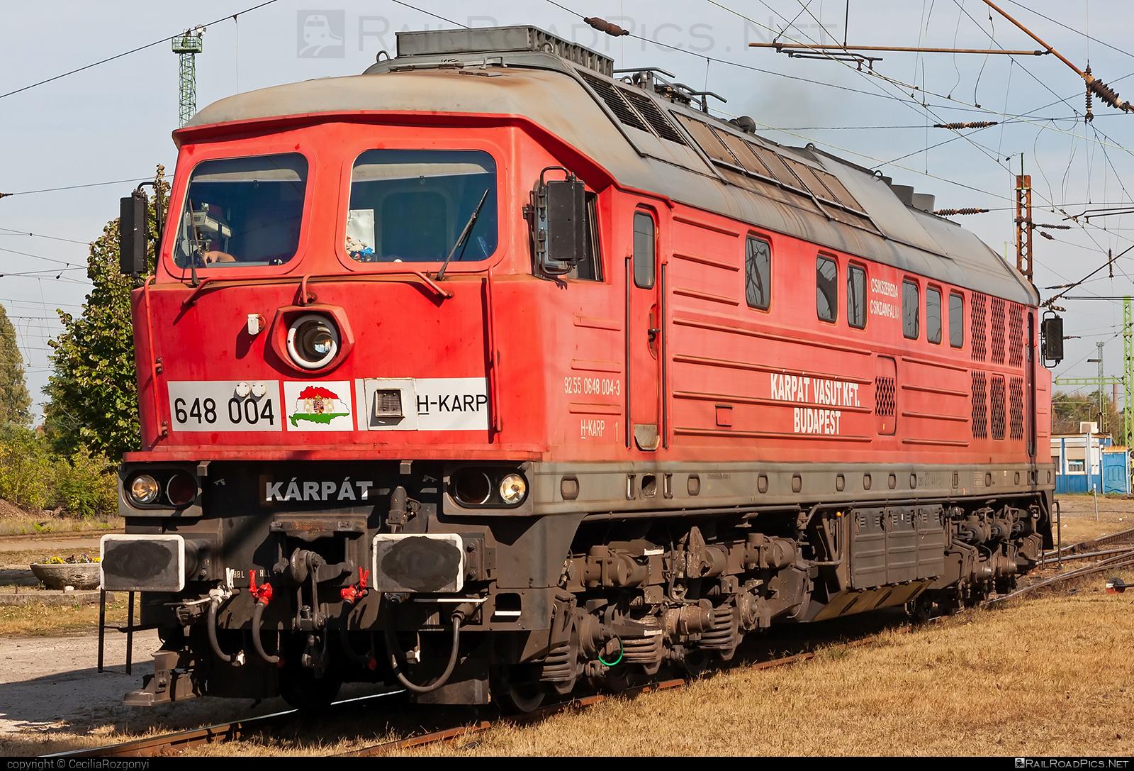 Lugansk TE109 - 648 004 operated by KÁRPÁT Vasút Kft #db233 #ltz #ltzte109 #ludmila #ludmilla #lugansk #luganskte109 #luganskteplovoz #luhansklocomotiveworks #luhanskteplovoz #ragulin