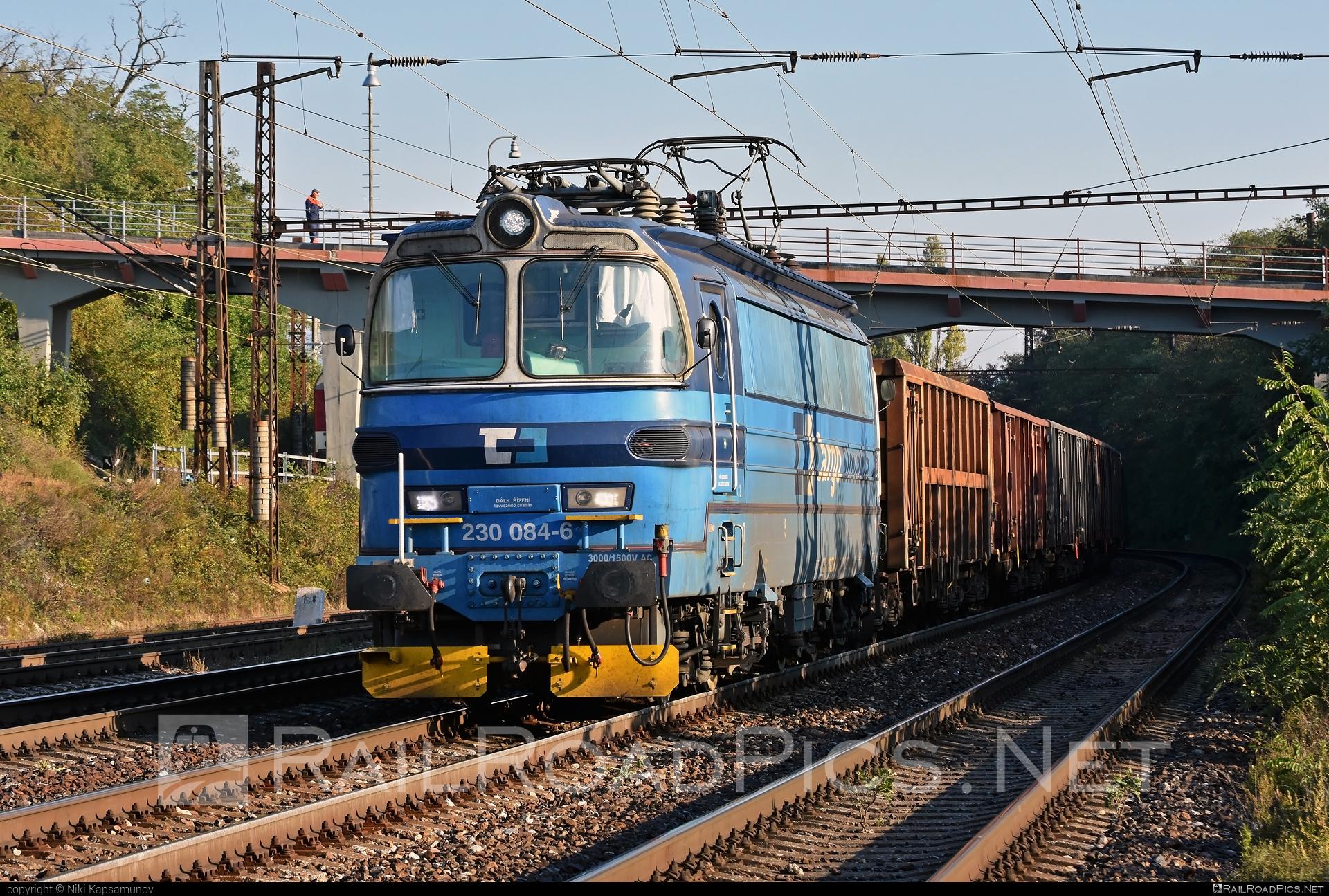Škoda 47E - 230 084-6 operated by ČD Cargo, a.s. #cdcargo #laminatka #locomotive240 #skoda #skoda47e