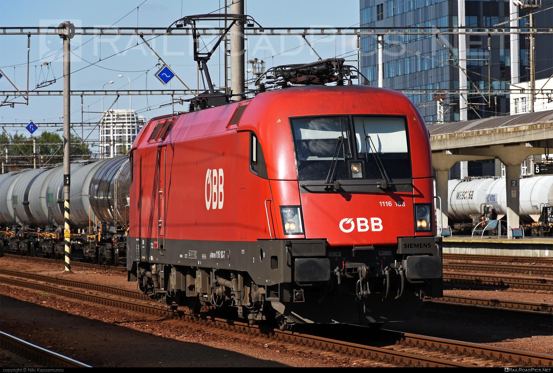 Siemens ES 64 U2 - 1116 163 operated by Österreichische Bundesbahnen #es64 #es64u #es64u2 #eurosprinter #obb #osterreichischebundesbahnen #siemens #siemenses64 #siemenses64u #siemenses64u2 #siemenstaurus #tauruslocomotive