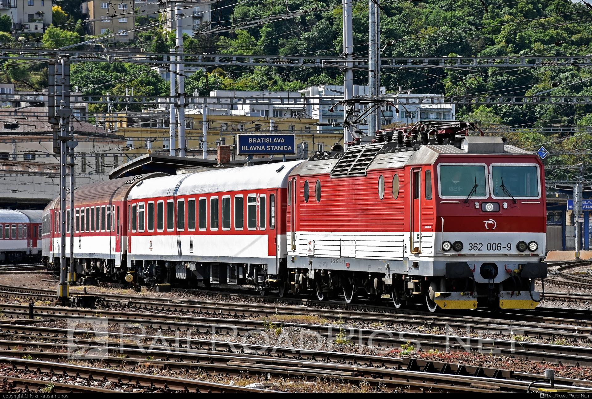 Škoda 69Er - 362 006-9 operated by Železničná Spoločnost' Slovensko, a.s. #ZeleznicnaSpolocnostSlovensko #eso #locomotive362 #rychleeso #skoda #skoda69er #zssk