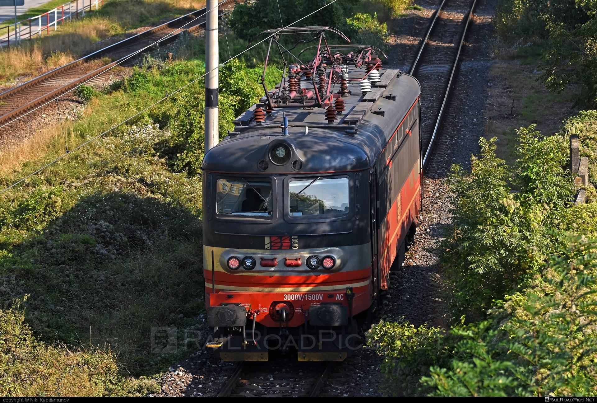 Škoda 73E - 045 193-7 operated by IDS CARGO a. s. #idsc #idscargo #locomotive242 #plechac #skoda #skoda73e