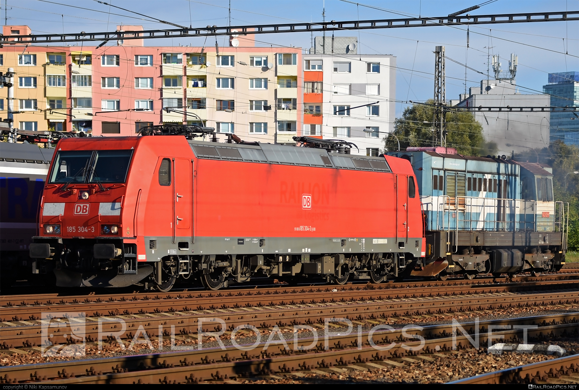 Bombardier TRAXX F140 AC2 - 185 304-3 operated by DB Cargo AG #bombardier #bombardiertraxx #db #dbcargo #dbcargoag #traxx #traxxf140 #traxxf140ac #traxxf140ac2
