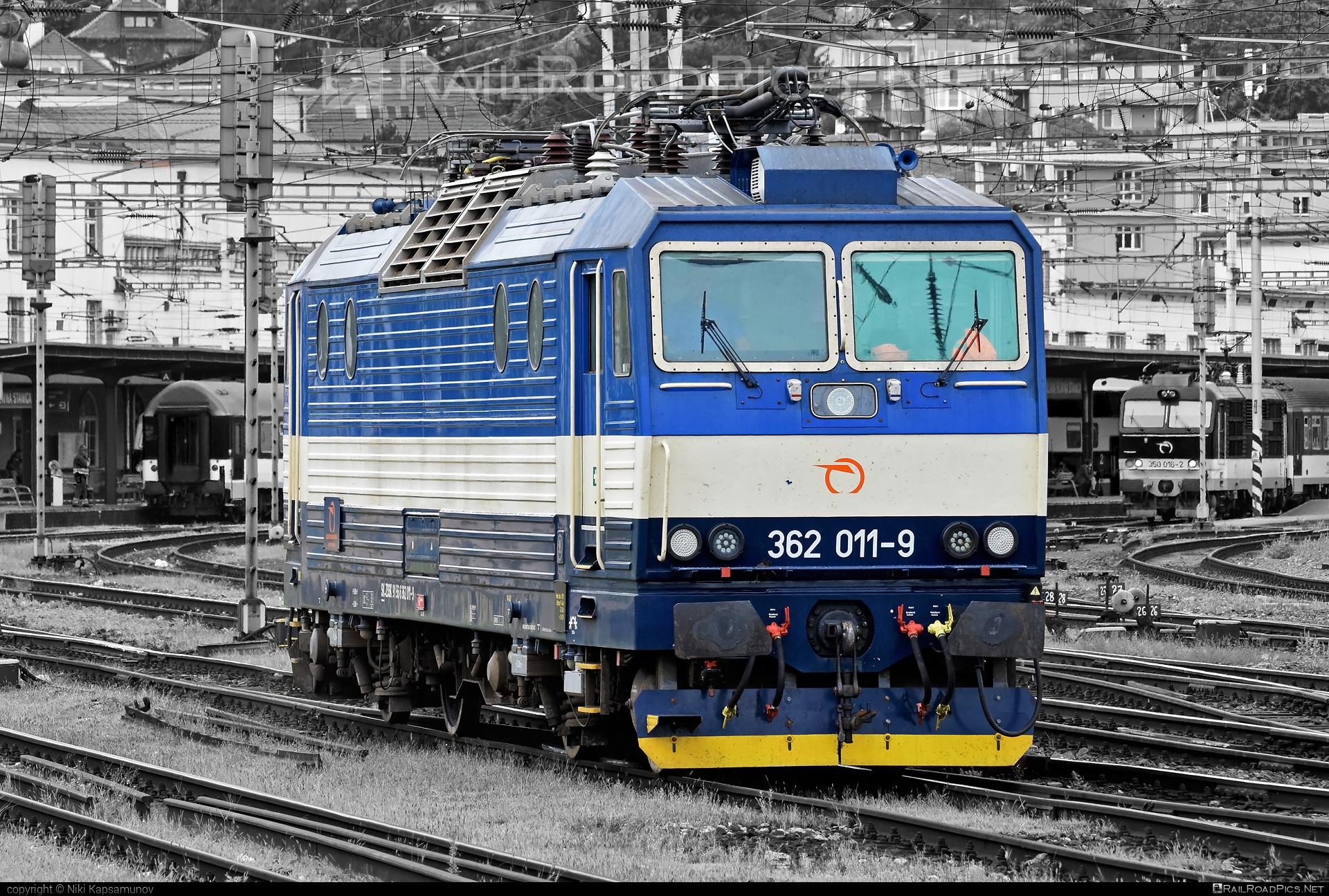 Škoda 69Er - 362 011-9 operated by Železničná Spoločnost' Slovensko, a.s. #ZeleznicnaSpolocnostSlovensko #eso #locomotive362 #rychleeso #skoda #skoda69er #zssk