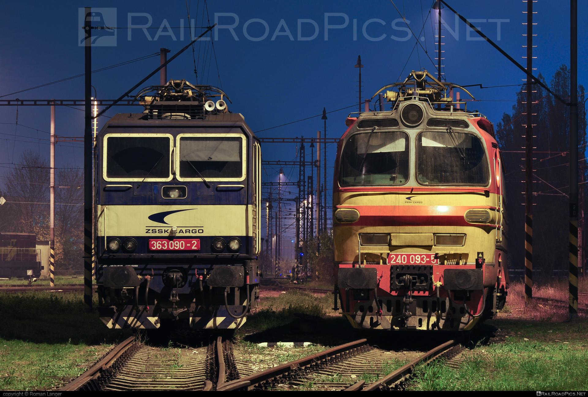 Škoda 47E - 240 093-5 operated by Železničná Spoločnost' Cargo Slovakia a.s. #ZeleznicnaSpolocnostCargoSlovakia #laminatka #locomotive240 #skoda #skoda47e #zsskcargo