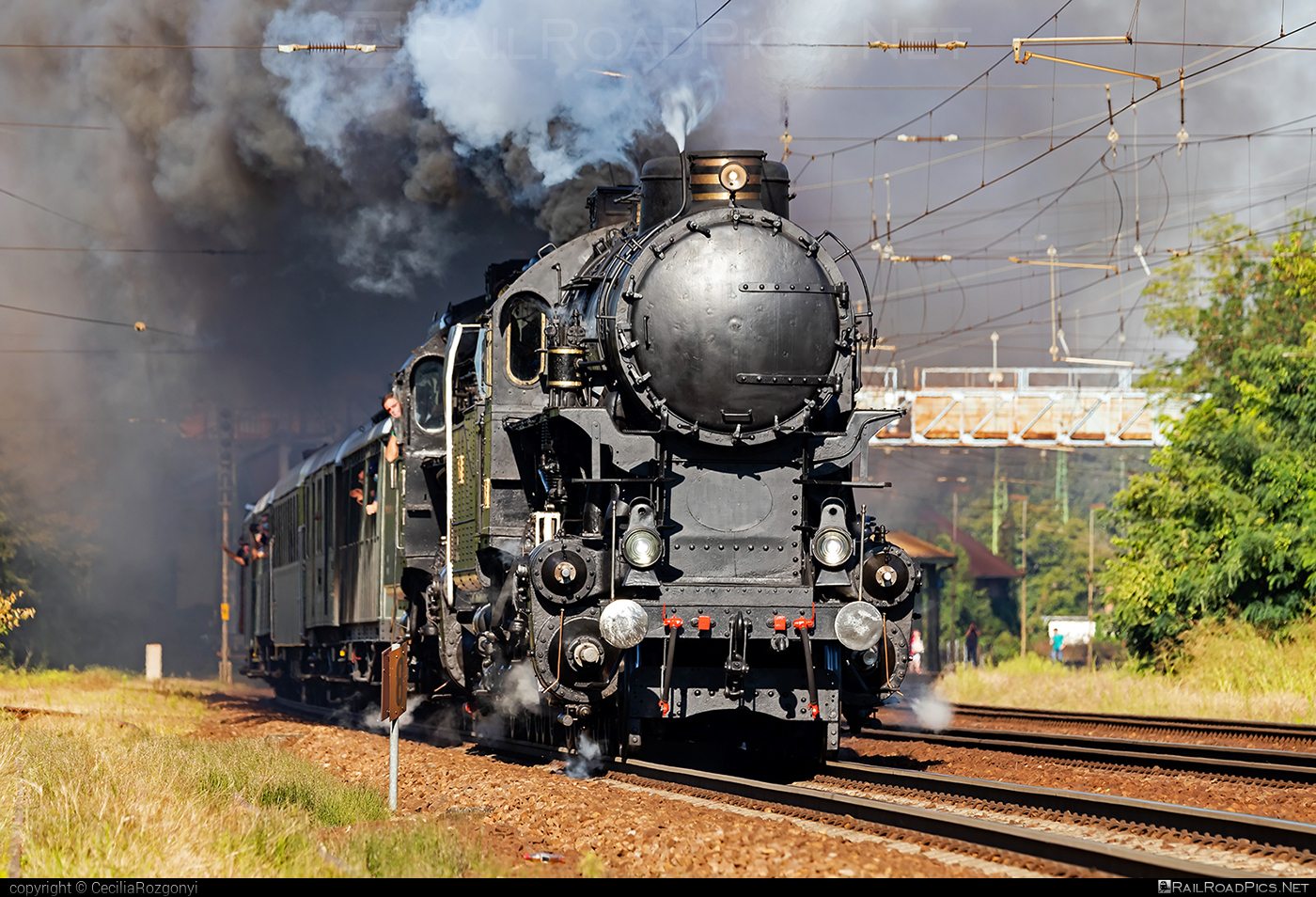 MÁVAG Class 424 - 424.009 operated by MÁV Nosztalgia Kft. #mavag #mavag424 #mavagclass424 #mavclass424 #mavnosztalgia #mavnosztalgiakft