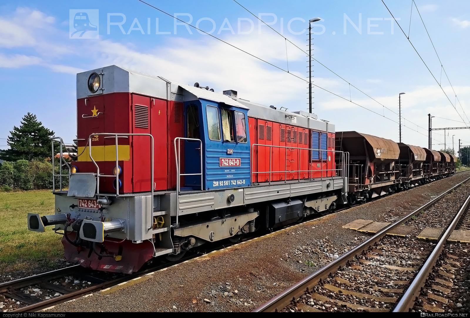 ČKD T 466.2 (742) - 742 643-0 operated by Železnice Slovenskej Republiky #ckd #ckd4662 #ckd742 #ckdt4662 #hopperwagon #zelezniceslovenskejrepubliky #zsr