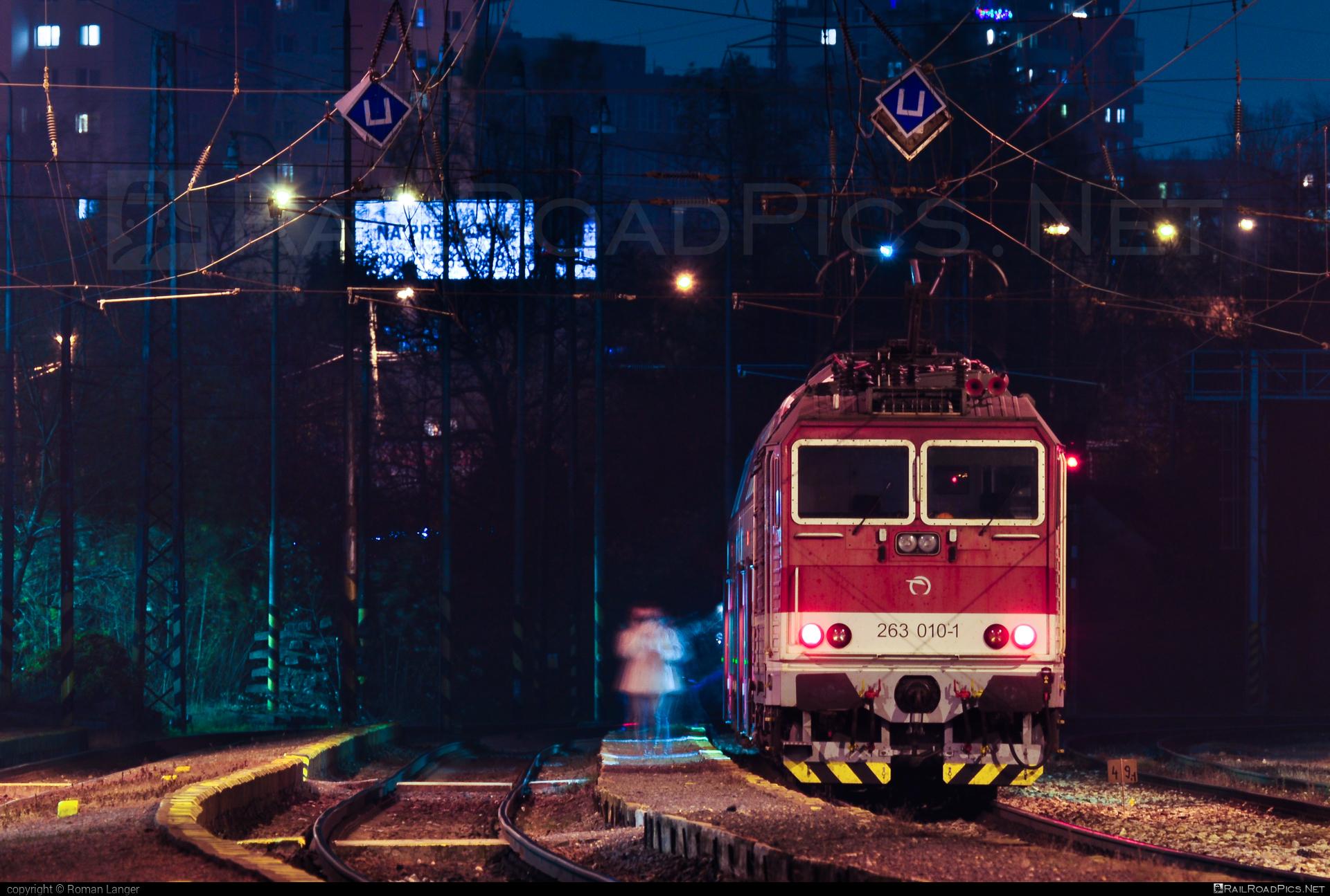 Škoda 70E - 263 010-1 operated by Železničná Spoločnost' Slovensko, a.s. #ZeleznicnaSpolocnostSlovensko #locomotive263 #princezna #skoda #skoda70e #zssk