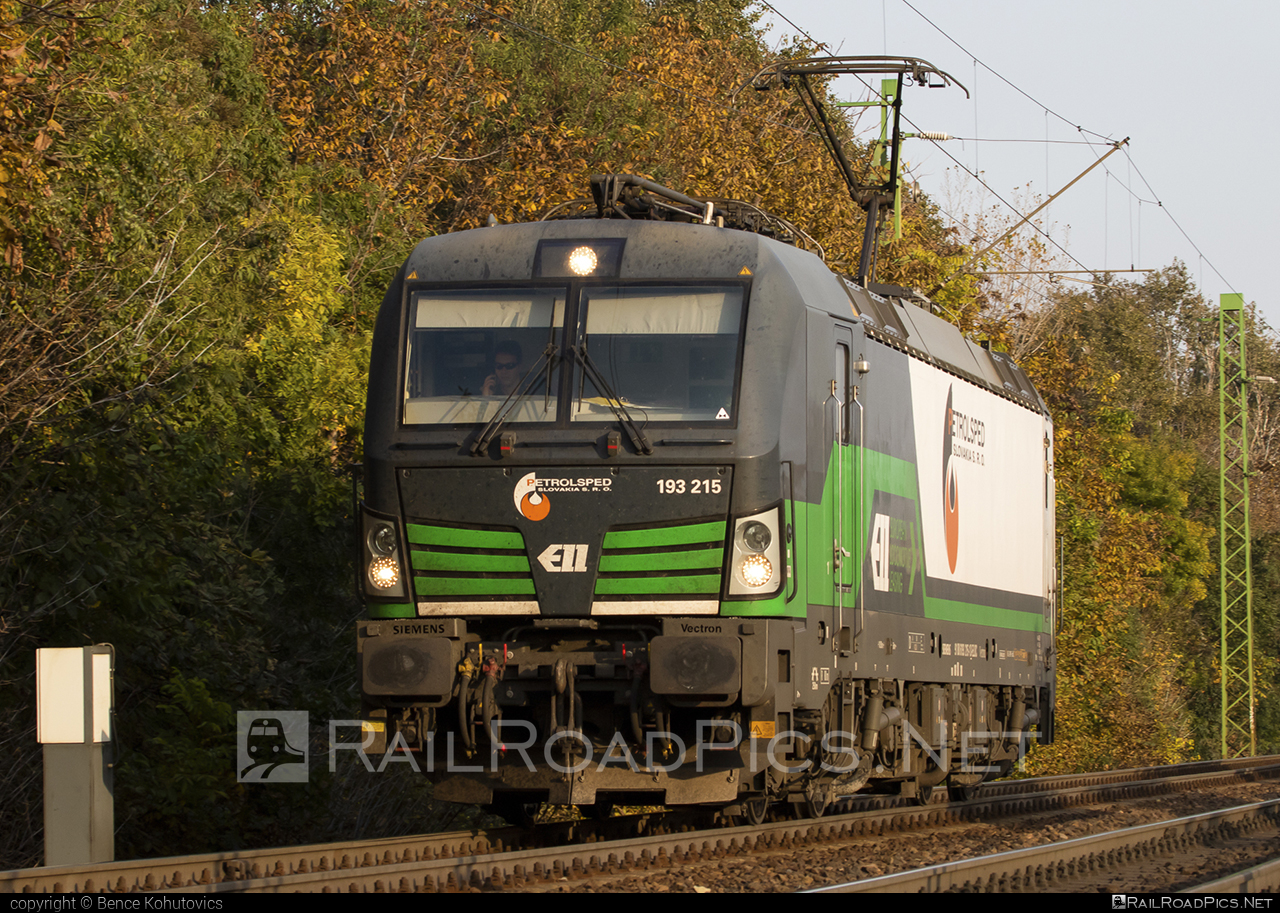 Siemens Vectron MS - 193 215 operated by PETROLSPED Slovakia s.r.o. #ell #ellgermany #eloc #europeanlocomotiveleasing #siemens #siemensvectron #siemensvectronms #vectron #vectronms