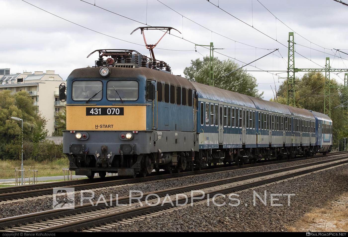 Ganz-MÁVAG VM14-8 - 431 070 operated by MÁV-START ZRt. #ganz43 #ganz431 #ganzmavag #ganzmavag43 #ganzmavag431 #ganzmavagvm148 #mav #mavstart #mavstartzrt #v43locomotive