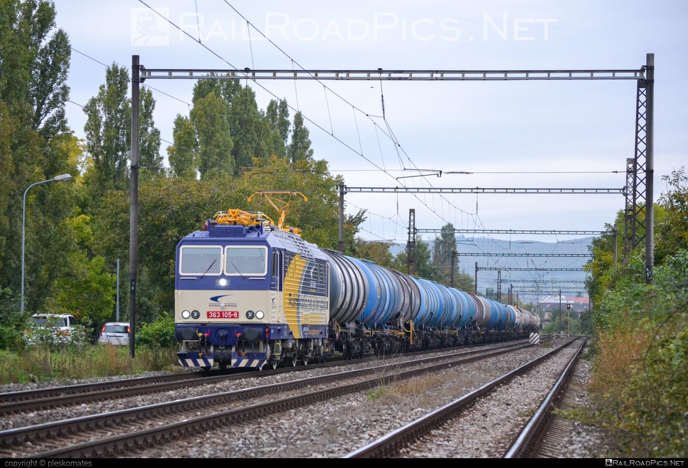 Škoda 69E - 363 105-8 operated by Železničná Spoločnost' Cargo Slovakia a.s. #ZeleznicnaSpolocnostCargoSlovakia #es4991 #eso #kesselwagen #locomotive363 #skoda #skoda69e #tankwagon #zsskcargo