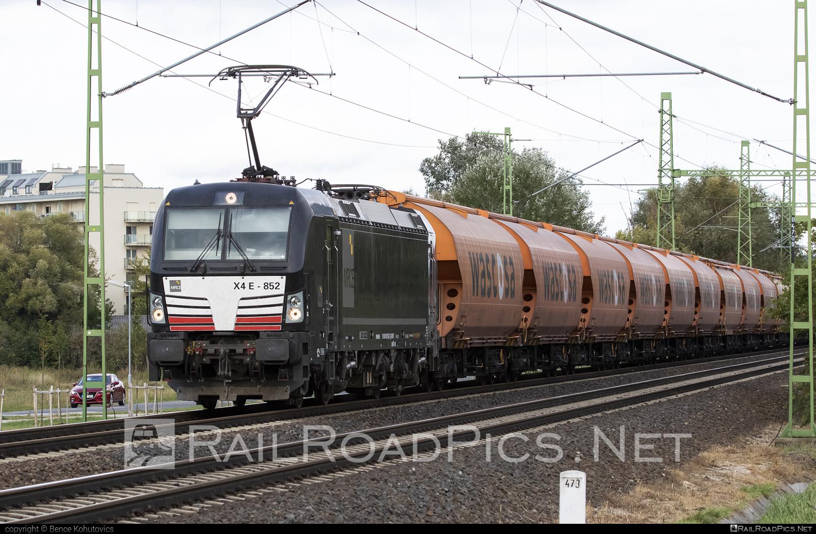 Siemens Vectron MS - 193 852-1 operated by Eisenbahnen und Verkehrsbetriebe Elbe-Weser #dispolok #hopperwagon #mitsuirailcapitaleurope #mitsuirailcapitaleuropegmbh #mrce #siemens #siemensvectron #siemensvectronms #vectron #vectronms #wascosa