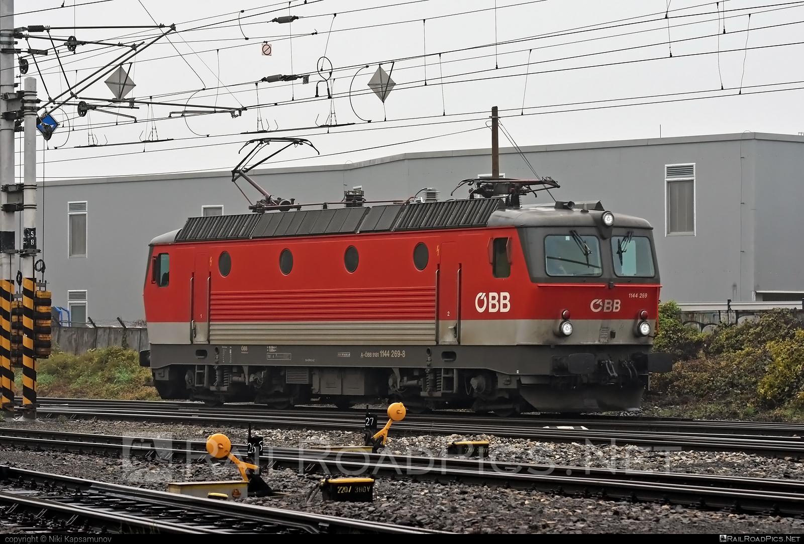 SGP ÖBB Class 1144 - 1144 269 operated by Rail Cargo Austria AG #obb #obbclass1144 #osterreichischebundesbahnen #sgp #sgp1144 #simmeringgrazpauker