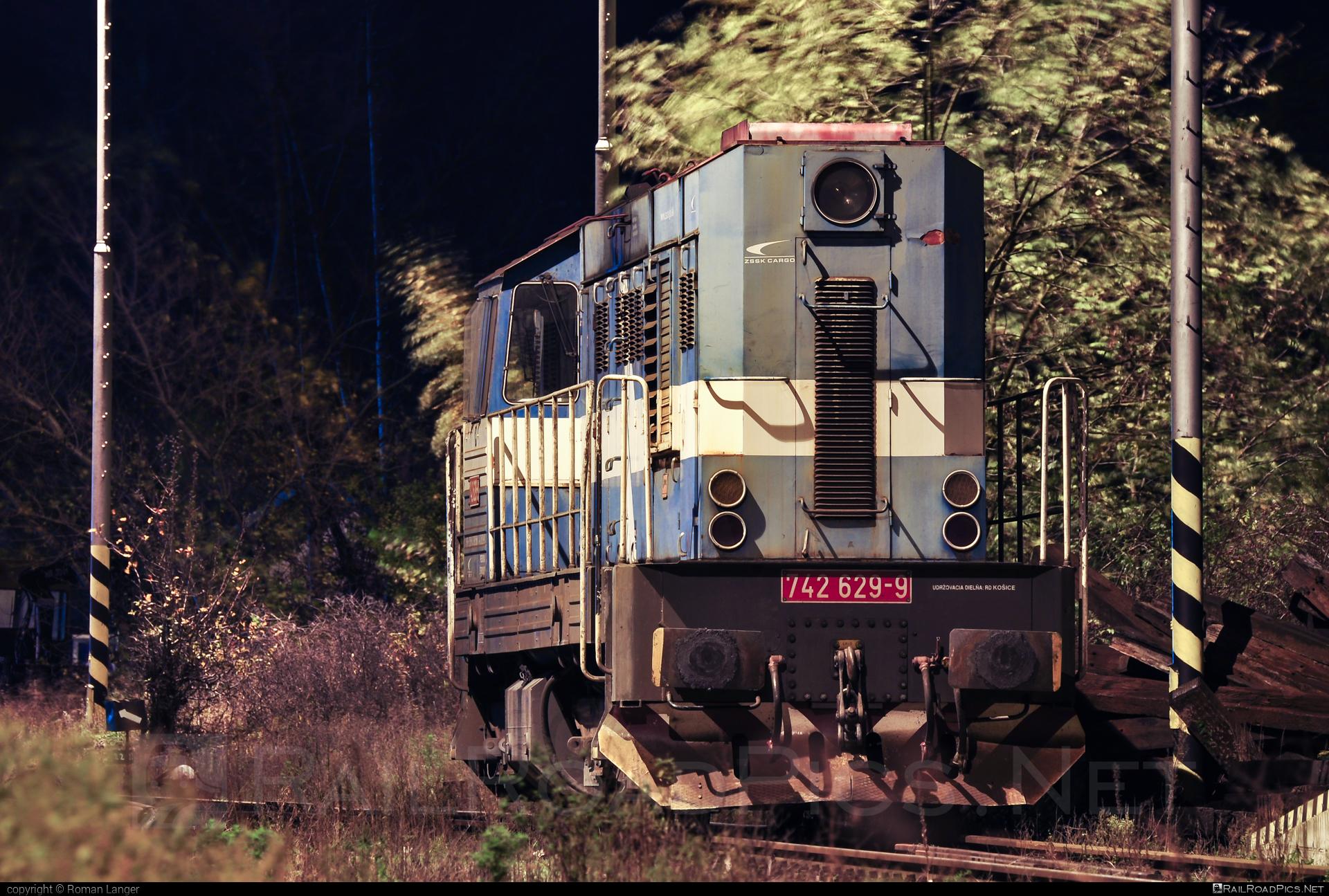 ČKD T 466.2 (742) - 742 629-9 operated by Železničná Spoločnost' Cargo Slovakia a.s. #ZeleznicnaSpolocnostCargoSlovakia #ckd #ckd4662 #ckd742 #ckdt4662 #zsskcargo