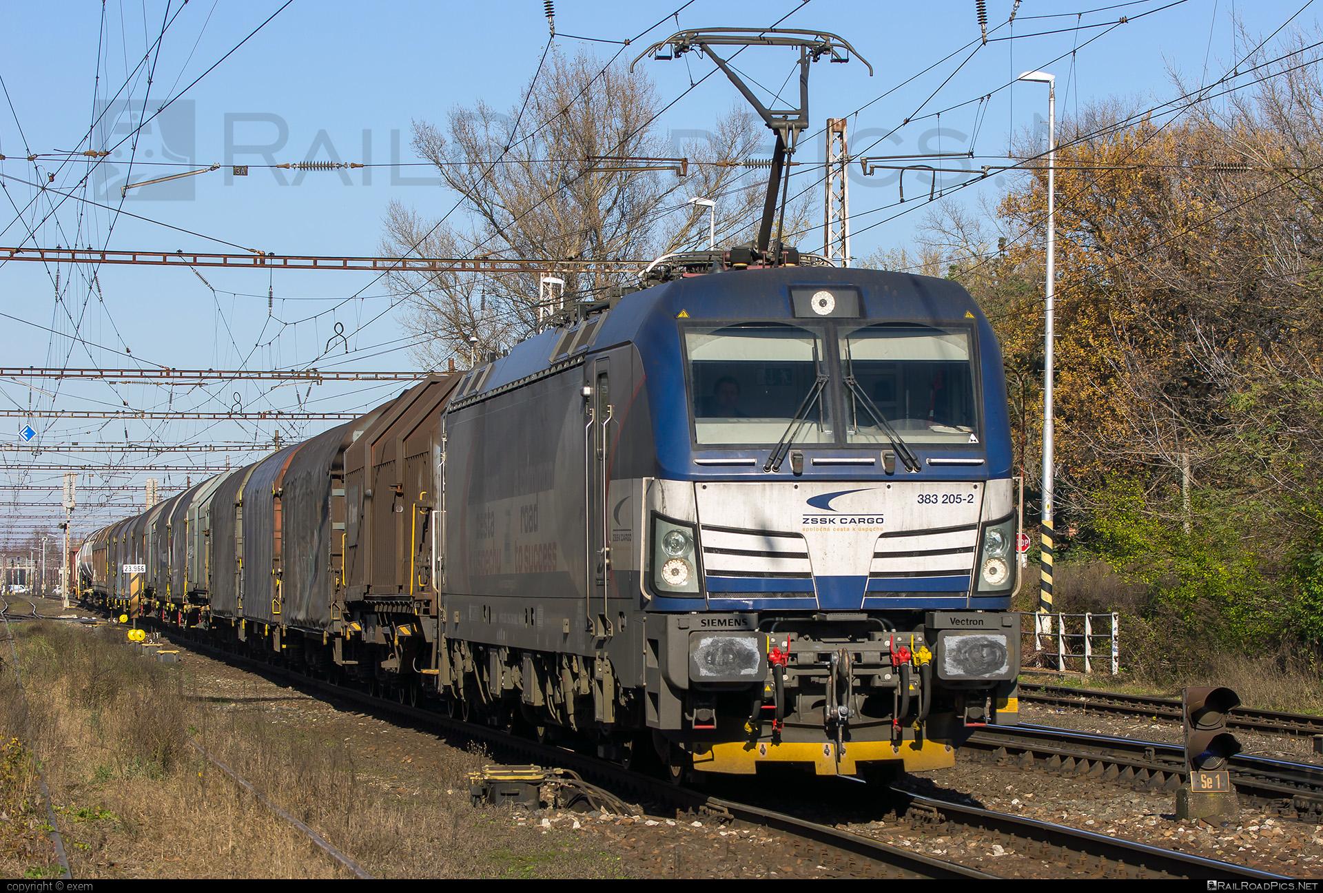 Siemens Vectron MS - 383 205-2 operated by Železničná Spoločnost' Cargo Slovakia a.s. #SRailLease #SRailLeaseSro #ZeleznicnaSpolocnostCargoSlovakia #raill #siemens #siemensvectron #siemensvectronms #vectron #vectronms #zsskcargo