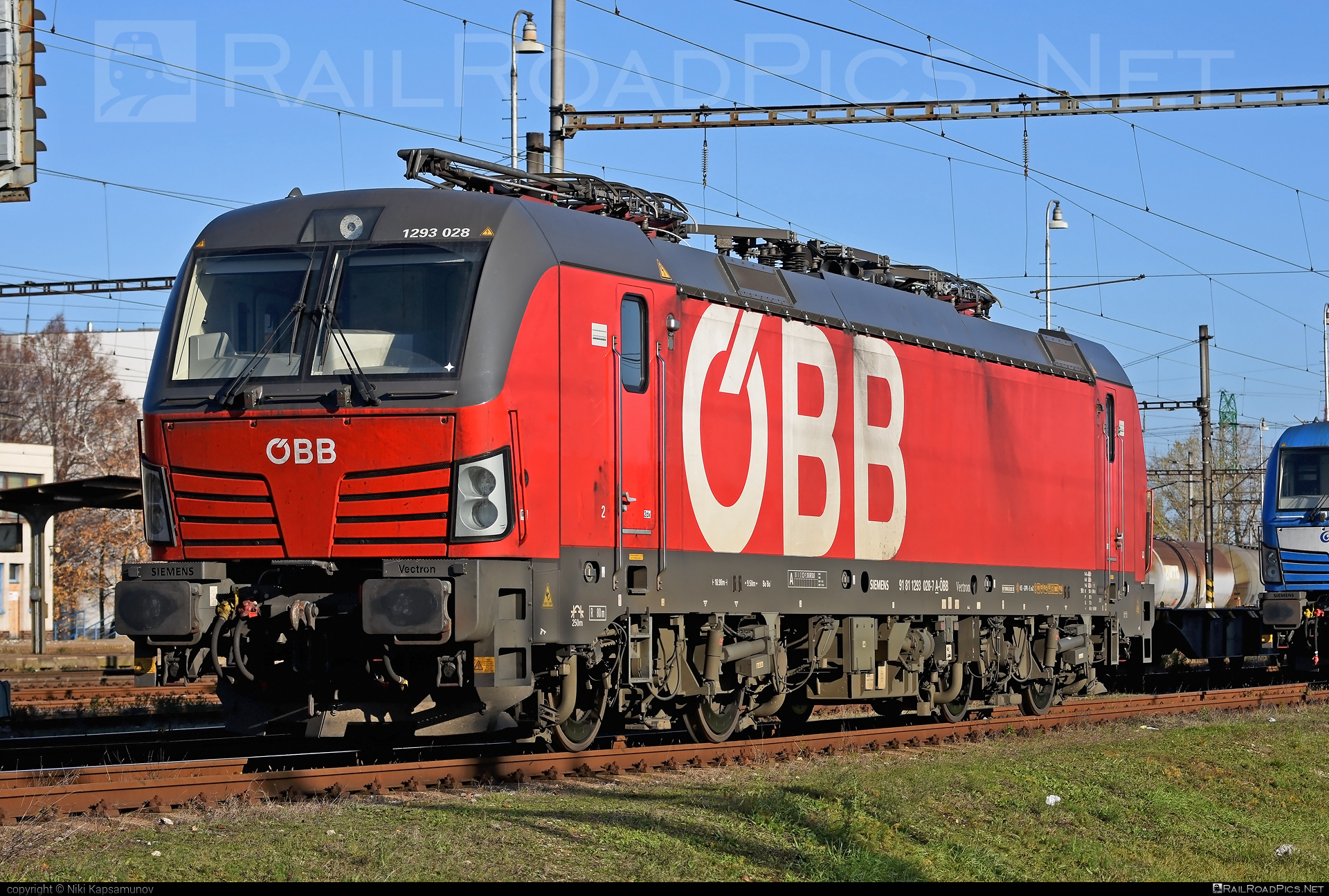 Siemens Vectron MS - 1293 028 operated by Rail Cargo Carrier – Slovakia s.r.o. #obb #osterreichischebundesbahnen #rccsk #rcw #siemens #siemensvectron #siemensvectronms #vectron #vectronms #wssk
