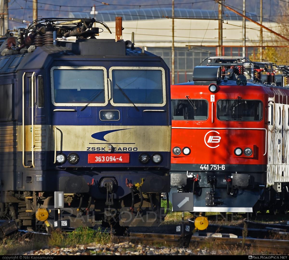 Škoda 69E - 363 094-4 operated by Železničná Spoločnost' Cargo Slovakia a.s. #ZeleznicnaSpolocnostCargoSlovakia #es4991 #eso #locomotive363 #skoda #skoda69e #zsskcargo