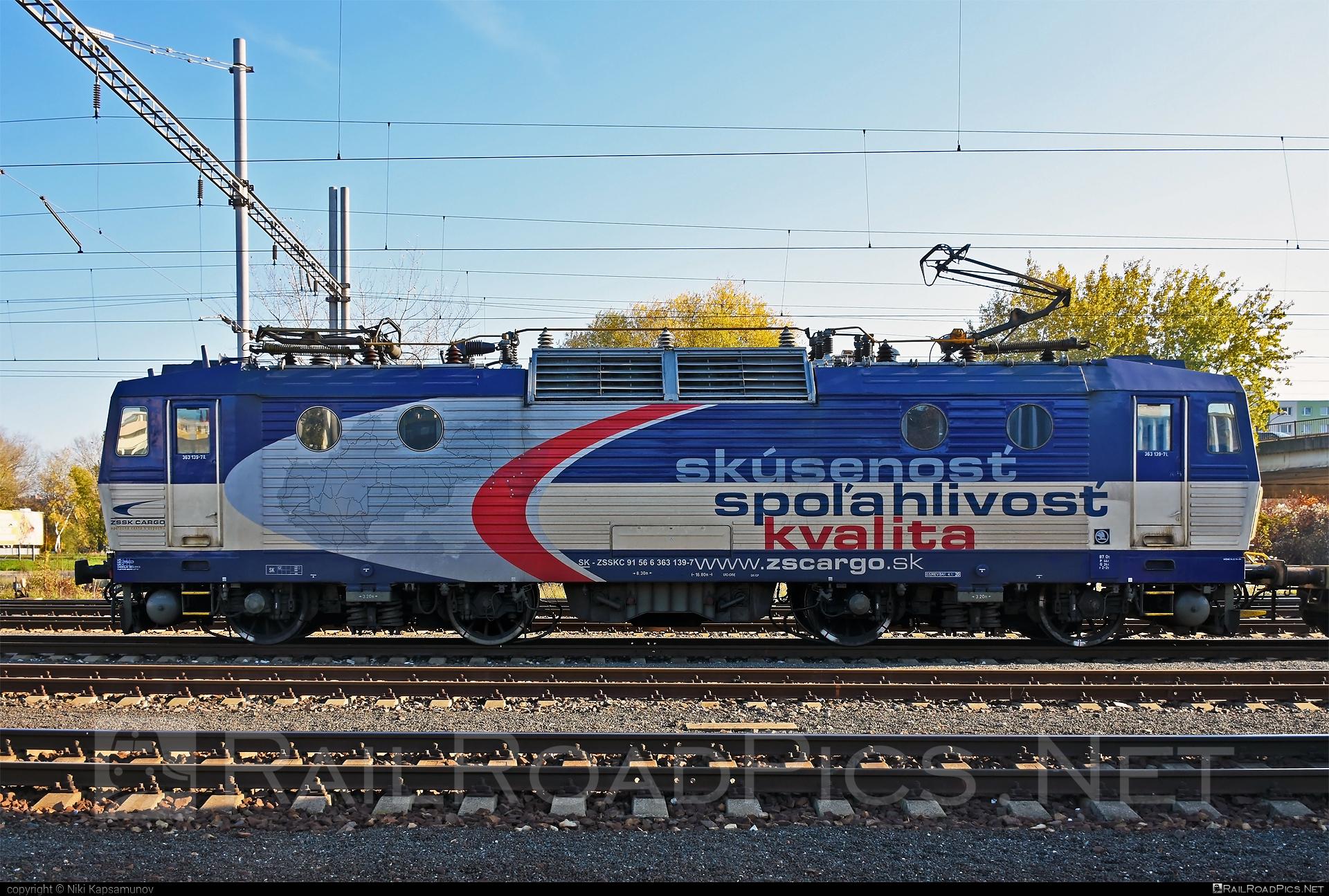 Škoda 69E - 363 139-7 operated by Železničná Spoločnost' Cargo Slovakia a.s. #ZeleznicnaSpolocnostCargoSlovakia #es4991 #eso #locomotive363 #skoda #skoda69e #zsskcargo