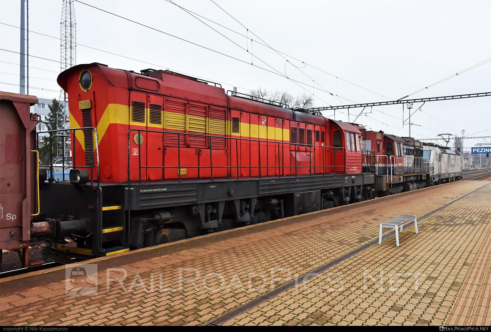 ČKD T 669.0 (770) - 620 010-1 operated by LOKORAIL, a.s. #ckd #ckd6690 #ckd770 #ckdt6690 #cmeliak #lokorail #lrl