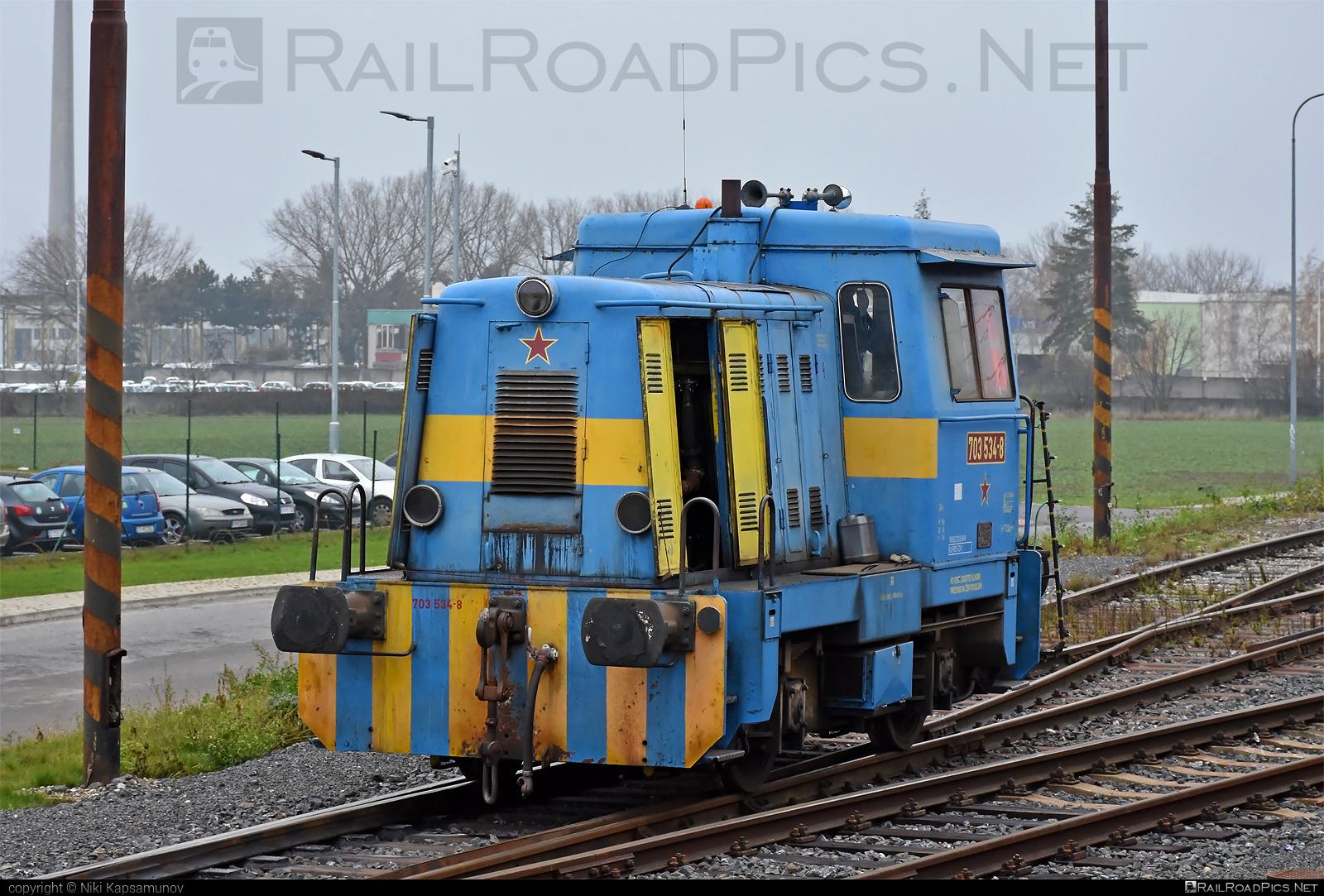 Turčianske strojárne Martin T 212.1 (703) - 703 534-8 operated by JUSO s.r.o. #locomotive703 #locomotivet2121 #prasatko #prasiatko #t2121 #turcianskestrojarnemartin