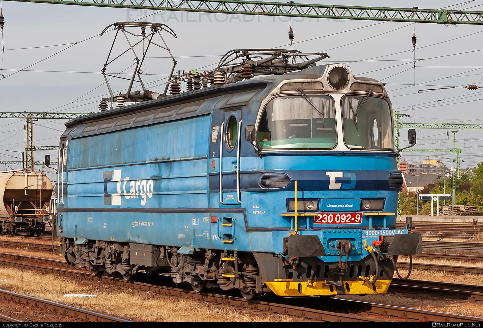 Škoda 47E - 230 092-9 operated by ČD Cargo, a.s. #cdcargo #laminatka #locomotive240 #skoda #skoda47e
