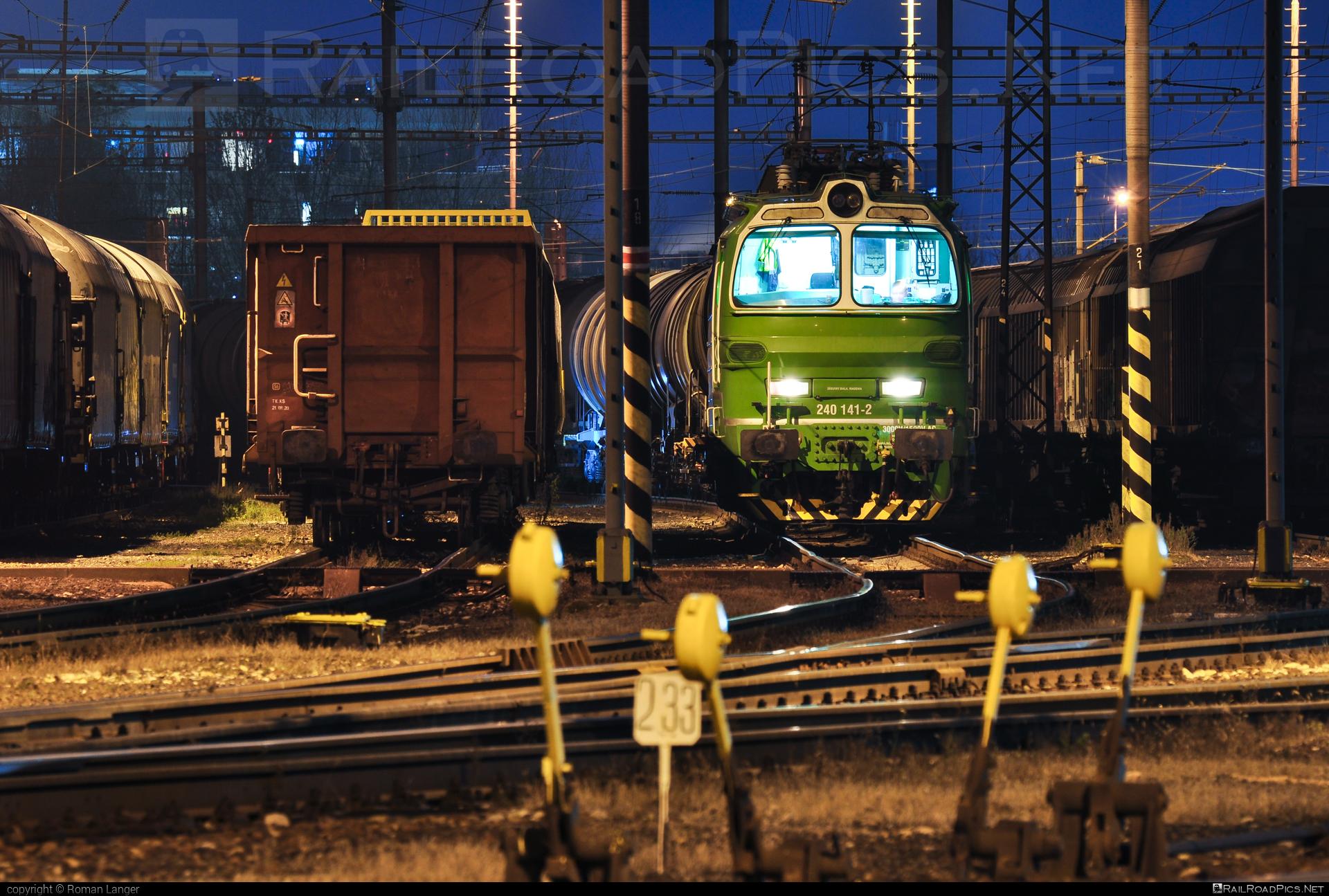 Škoda 47E - 240 141-2 operated by Railtrans International, s.r.o #RailtransInternational #laminatka #locomotive240 #rti #skoda #skoda47e