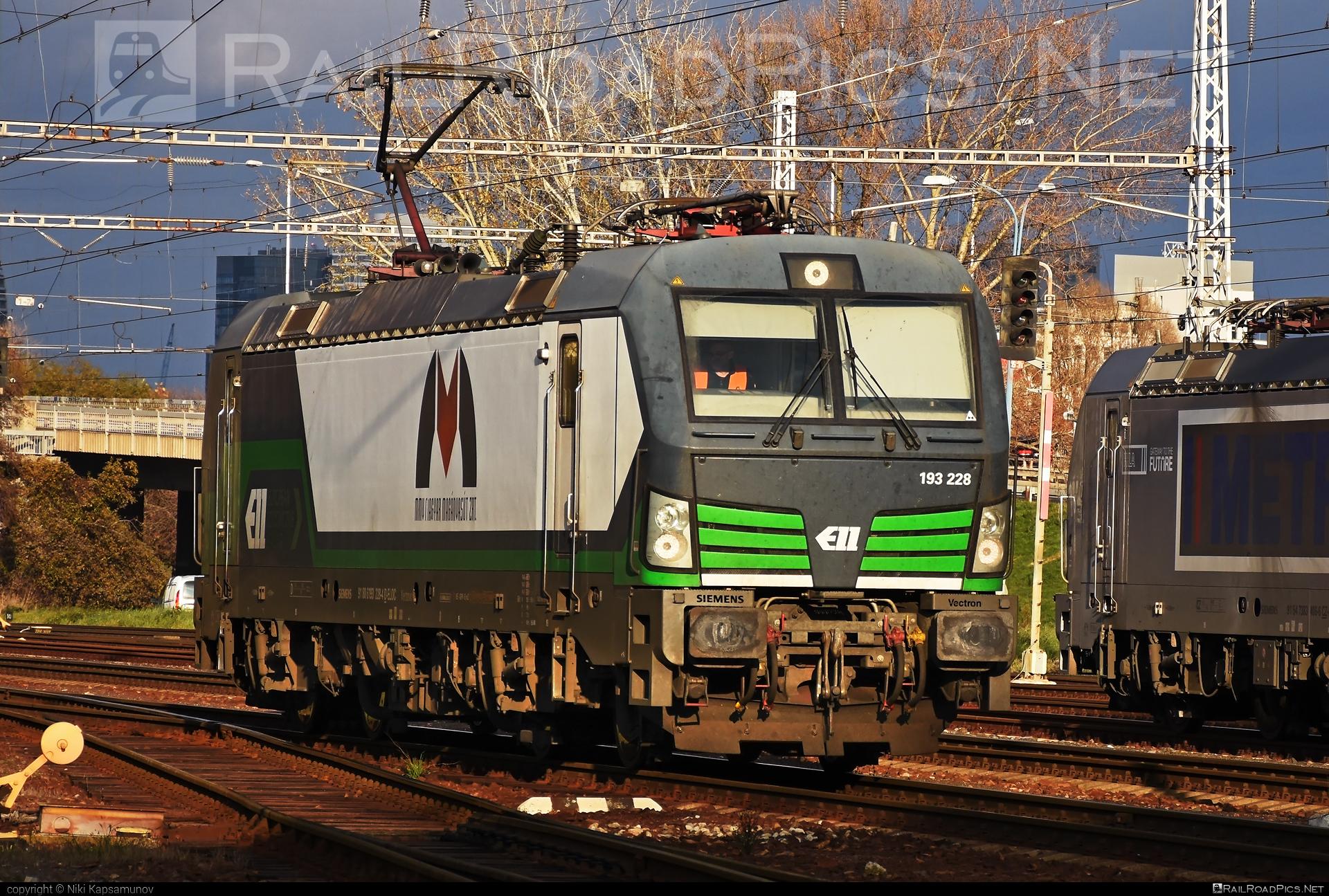Siemens Vectron AC - 193 228 operated by Magyar Magánvasút ZRt. #ell #ellgermany #eloc #europeanlocomotiveleasing #mmv #siemens #siemensvectron #siemensvectronac #vectron #vectronac